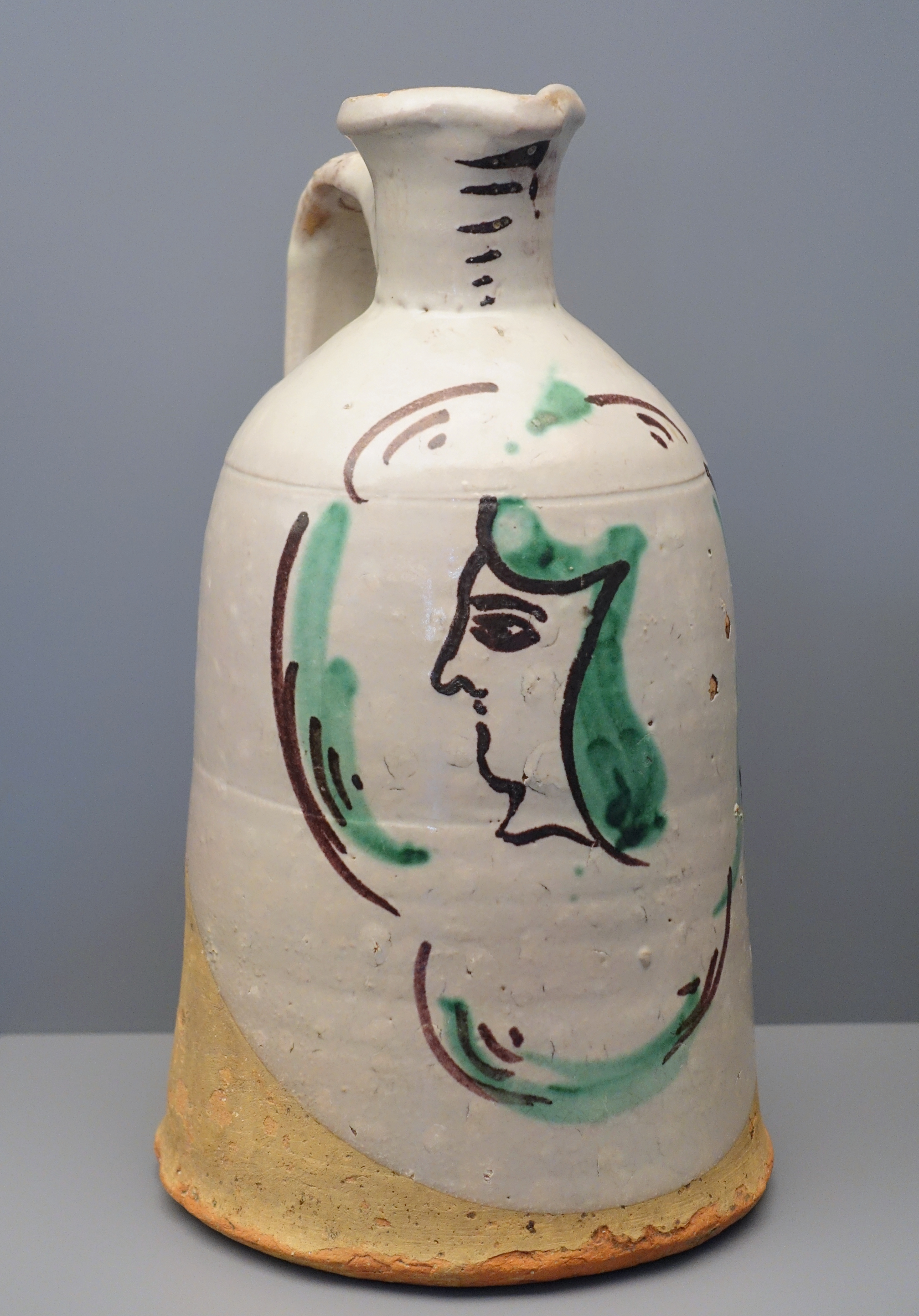 Fileolive oil bottle with womans face in profile teruel spain fileolive oil bottle with womans face in profile teruel spain 18th reviewsmspy