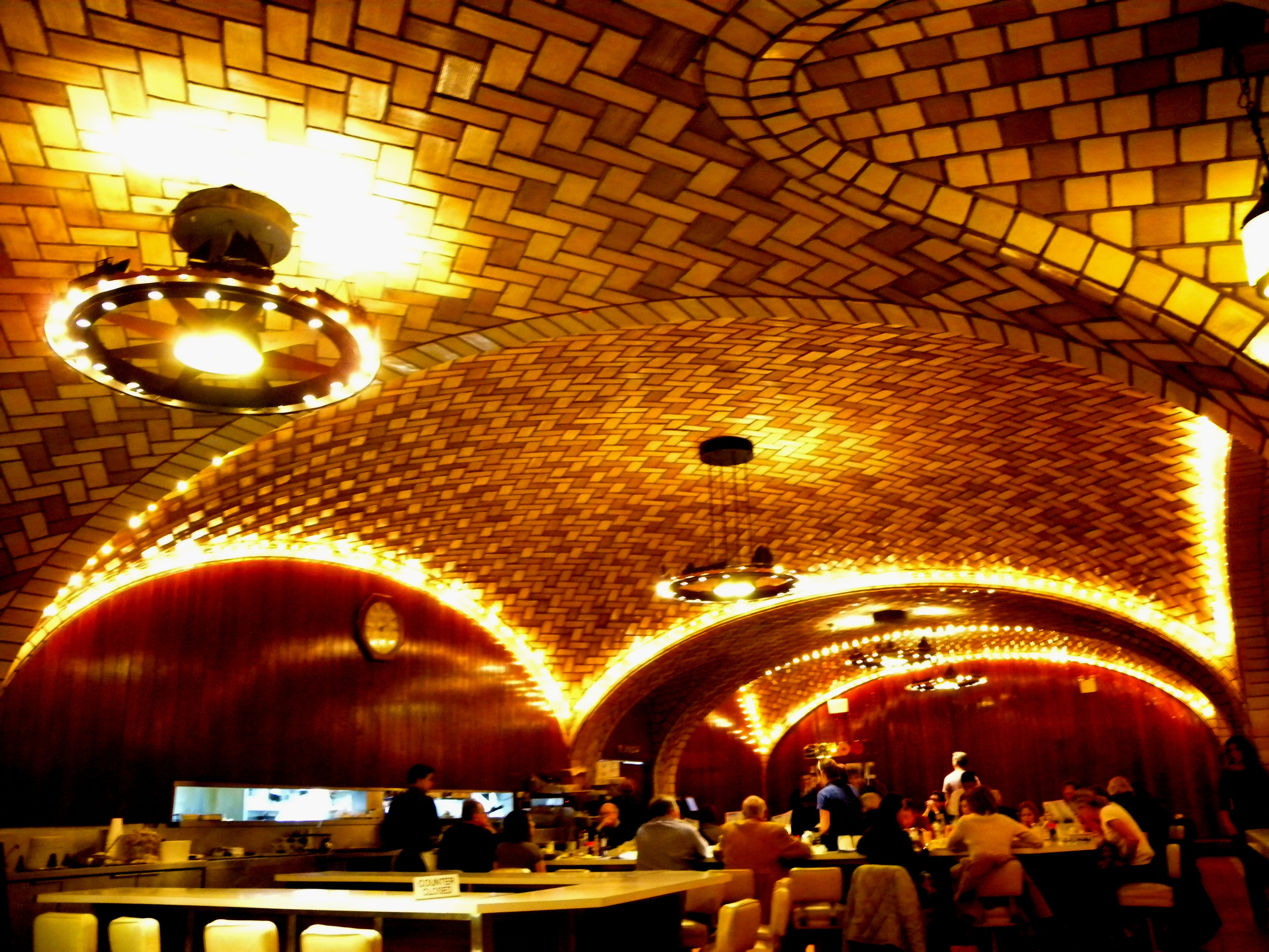 File:Oyster Bar ceiling west jeh.jpg - Wikimedia Commons