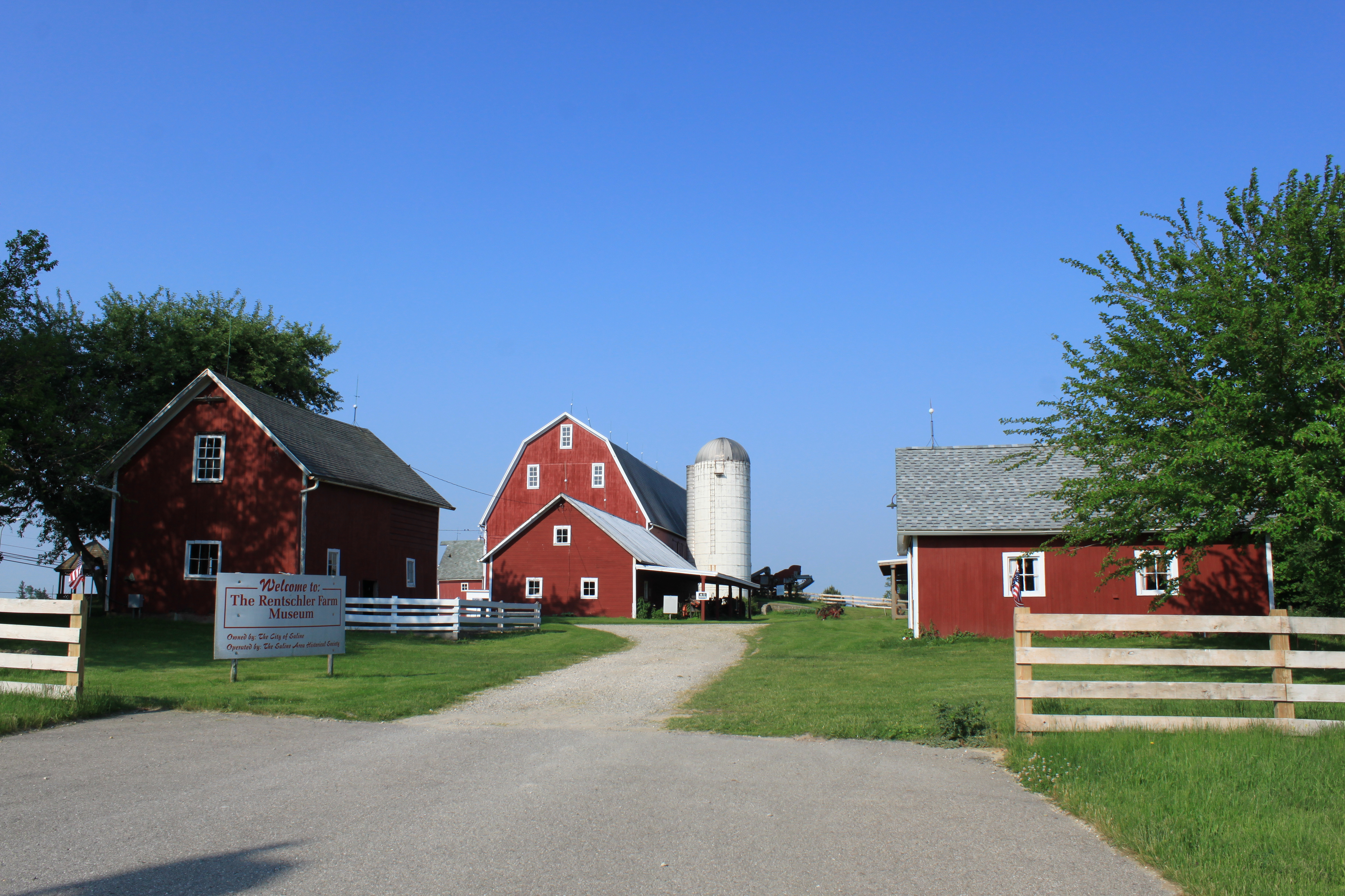 File Rentschler Farm Museum Saline Michigan JPG Wikimedia mons
