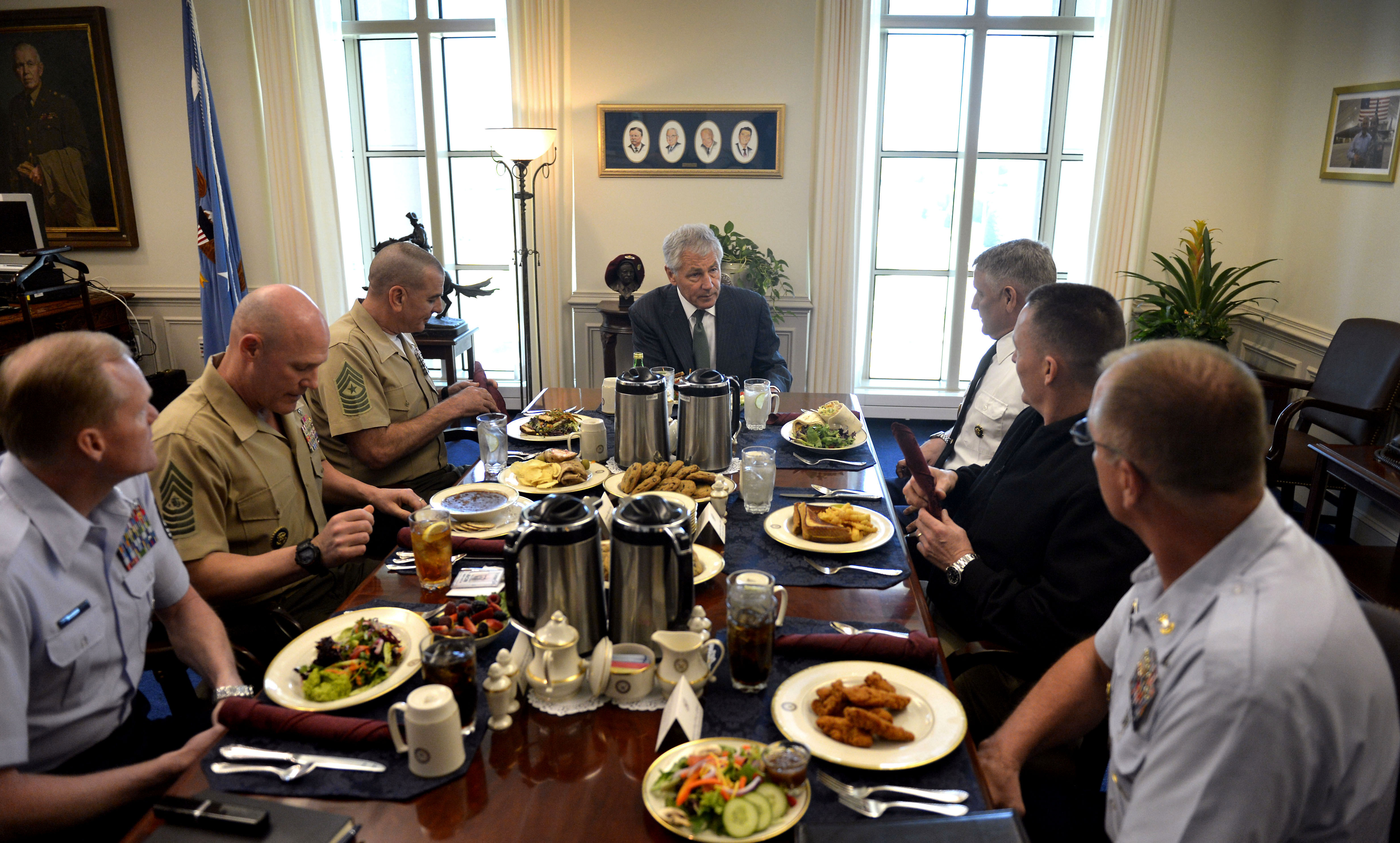 File secretary of defense chuck hagel center hosts a lunch for the