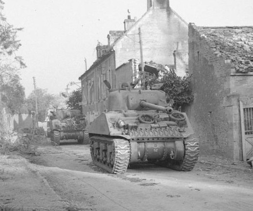 File:Sherman Firefly passing through Ecosville Operation