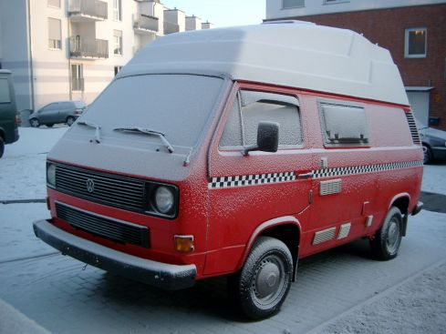 t3 campingbus vw t retro campingbus mit klappdach. Black Bedroom Furniture Sets. Home Design Ideas