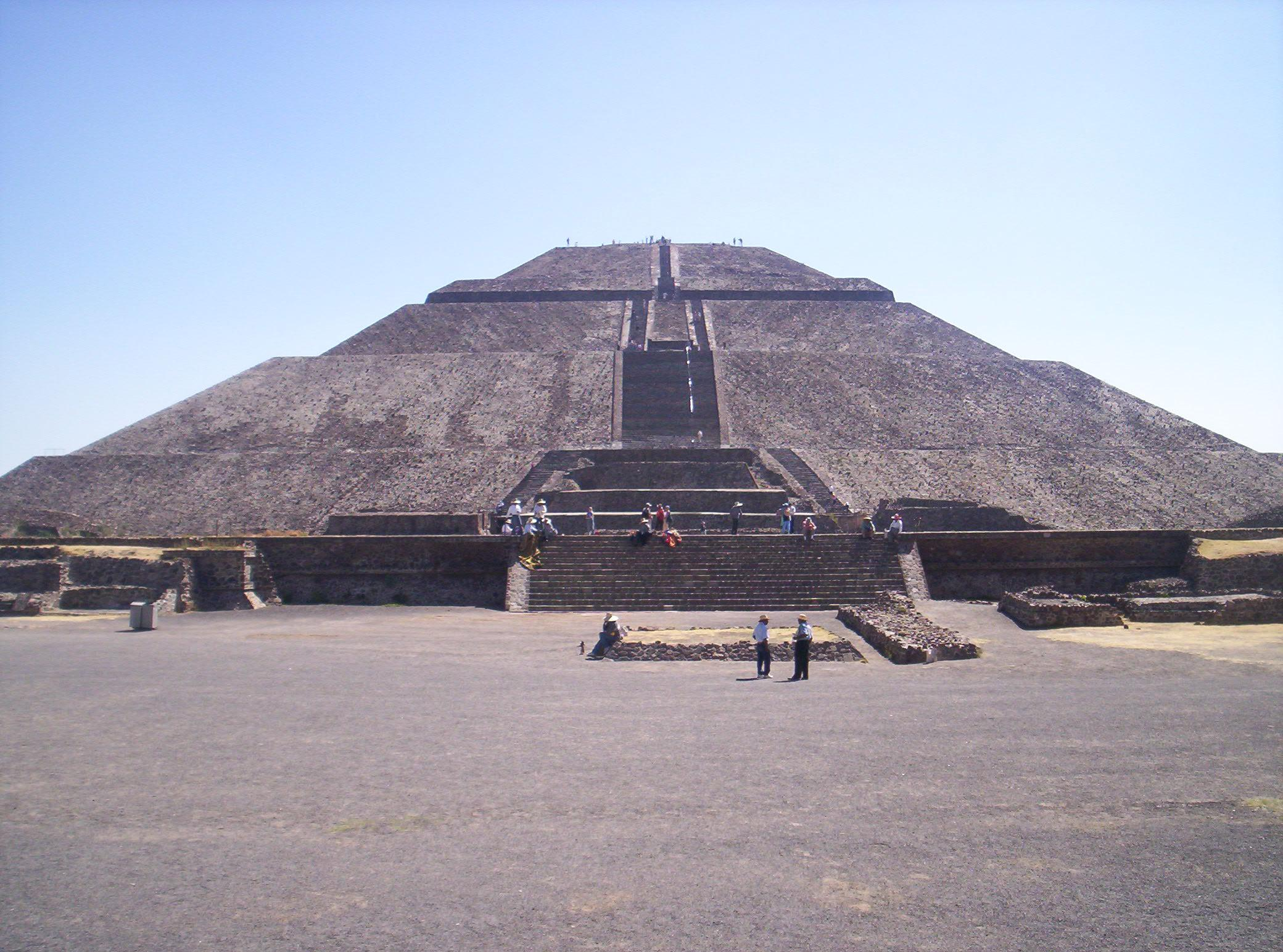 Image result for pyramide du soleil mexico wikipedia