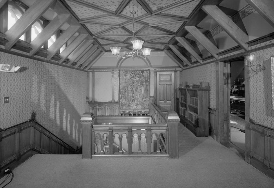 File:Twain House Third Floor Stair Hall HABS CONN,2 HARF,16