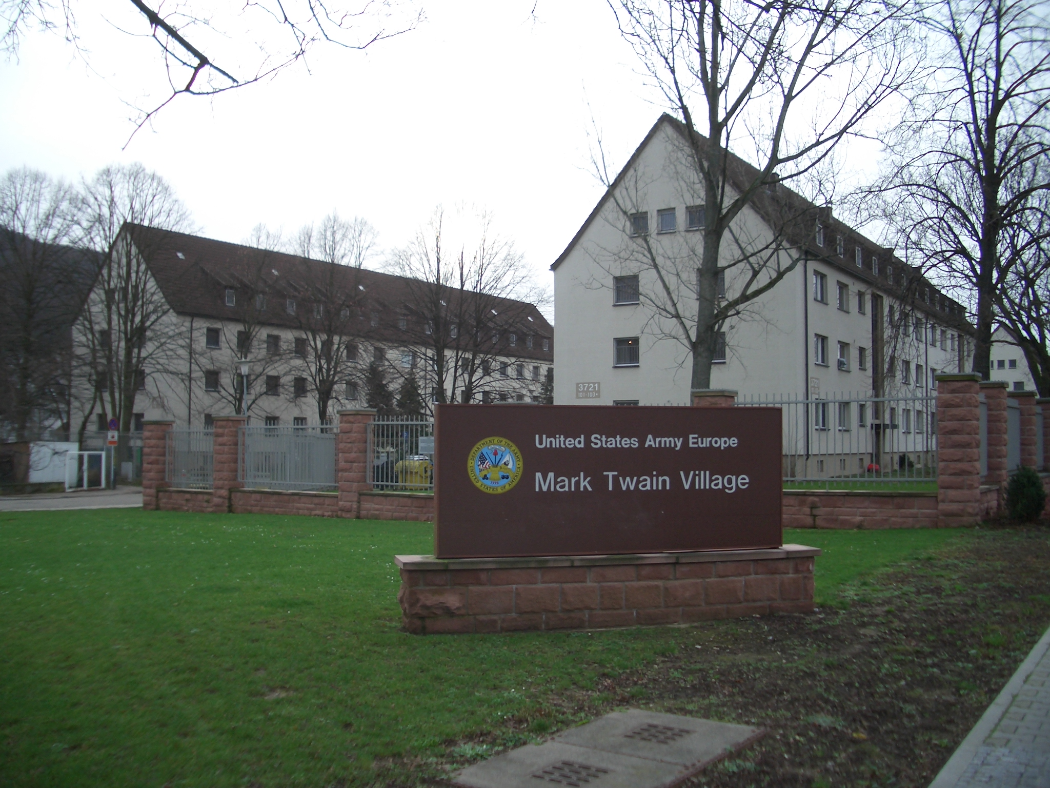 Mark Twain Village Wikipedia - Map-of-us-army-bases-in-germany