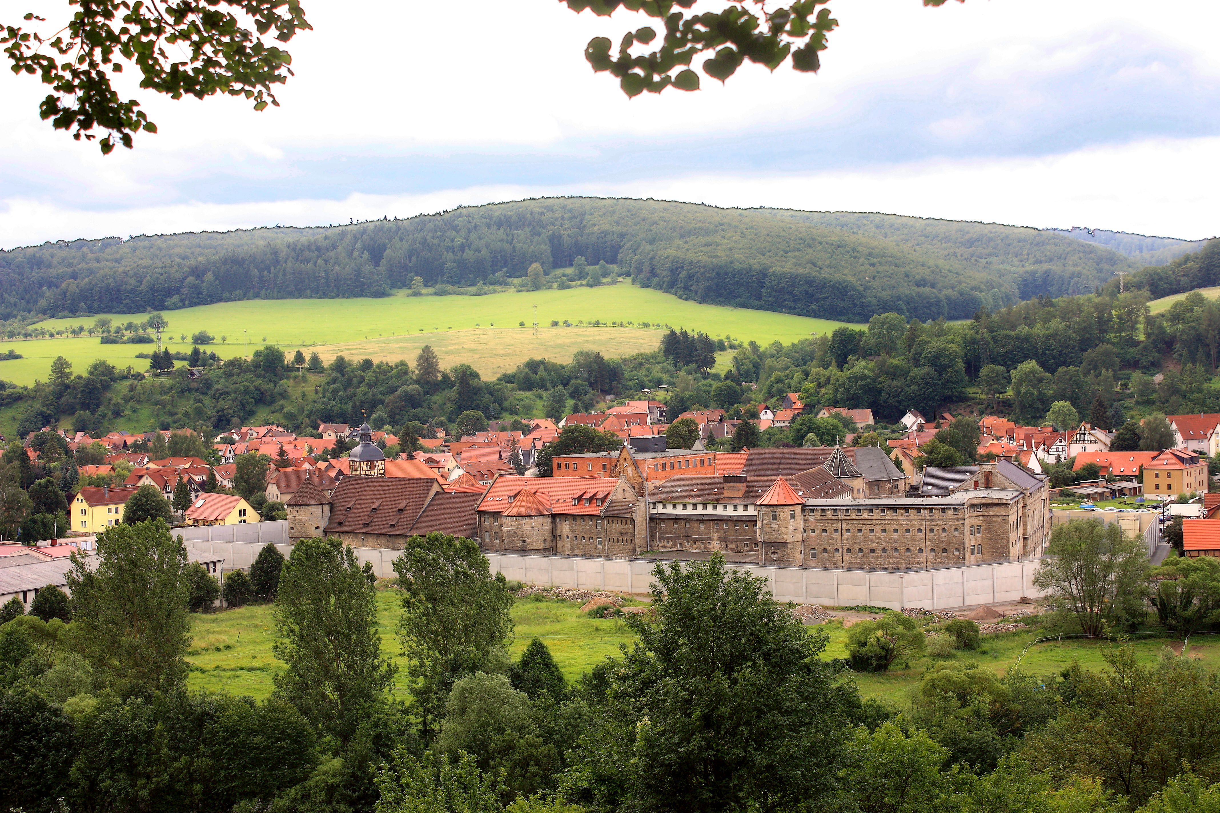 Untermassfeld mit Wasserschloss.jpg
