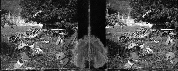 Fonds Trutat - Photographie ancienne  Cote: TRU C 2536 Localisation: Fonds ancien (S 30)  Original non communicable  Titre: Usine, ferraille, Luzenac  Auteur: Trutat, Eugène Rôle de l'auteur: Photographe  Lieu de création: Luzenac (Ariège) Date de création: 1859-1910 [entre]  Mesures:: 5 x 11 cm  Observations:  Deux plaques.  Mot(s)-clé(s):  -- Usine -- Carrière -- Extraction -- Gravat -- Ferraille -- Chantier  -- Luzenac (Ariège) -- Cabannes, Les (Ariège; canton) -- Ariège (France; haute vallée) -- Pyrénées (France)  -- 19e siècle, 2e moitié -- 20e siècle, 1e quart  Médium: Photographies -- Négatifs sur plaque de verre -- Noir et blanc -- Paysages industriels -- Stéréogrammes Médium: Positifs sur plaque de verre -- Noir et blanc -- Stéréogrammes -- Paysages industriels   Voir:  TRU C 433 Usine, Luzenac TRU C 2535 Usine, Luzenac, 1er août 1906   numerique.bibliotheque.toulouse.fr/cgi-bin/library?c=phot...  Bibliothèque de Toulouse. Domaine public