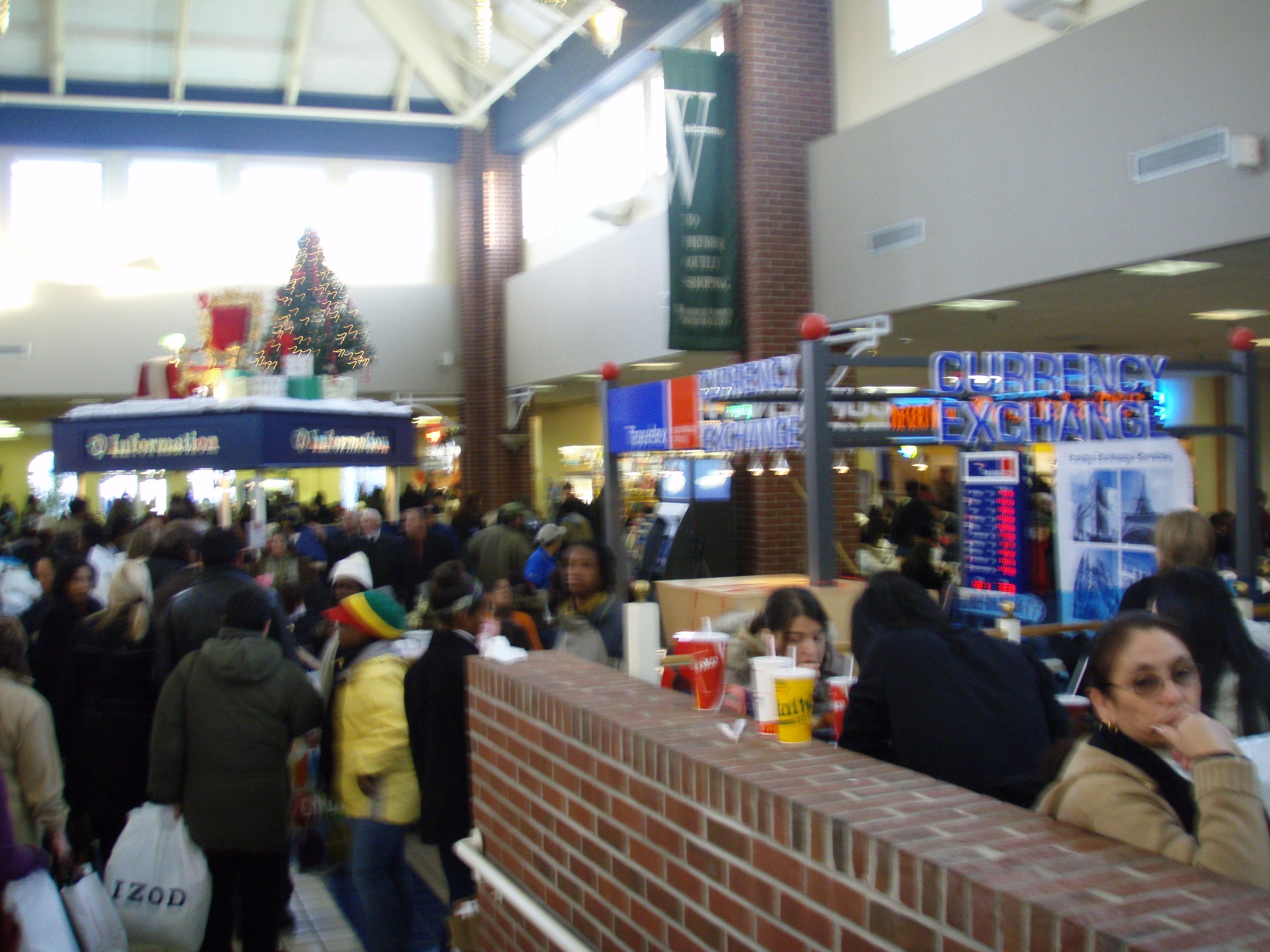 Woodbury Food Court