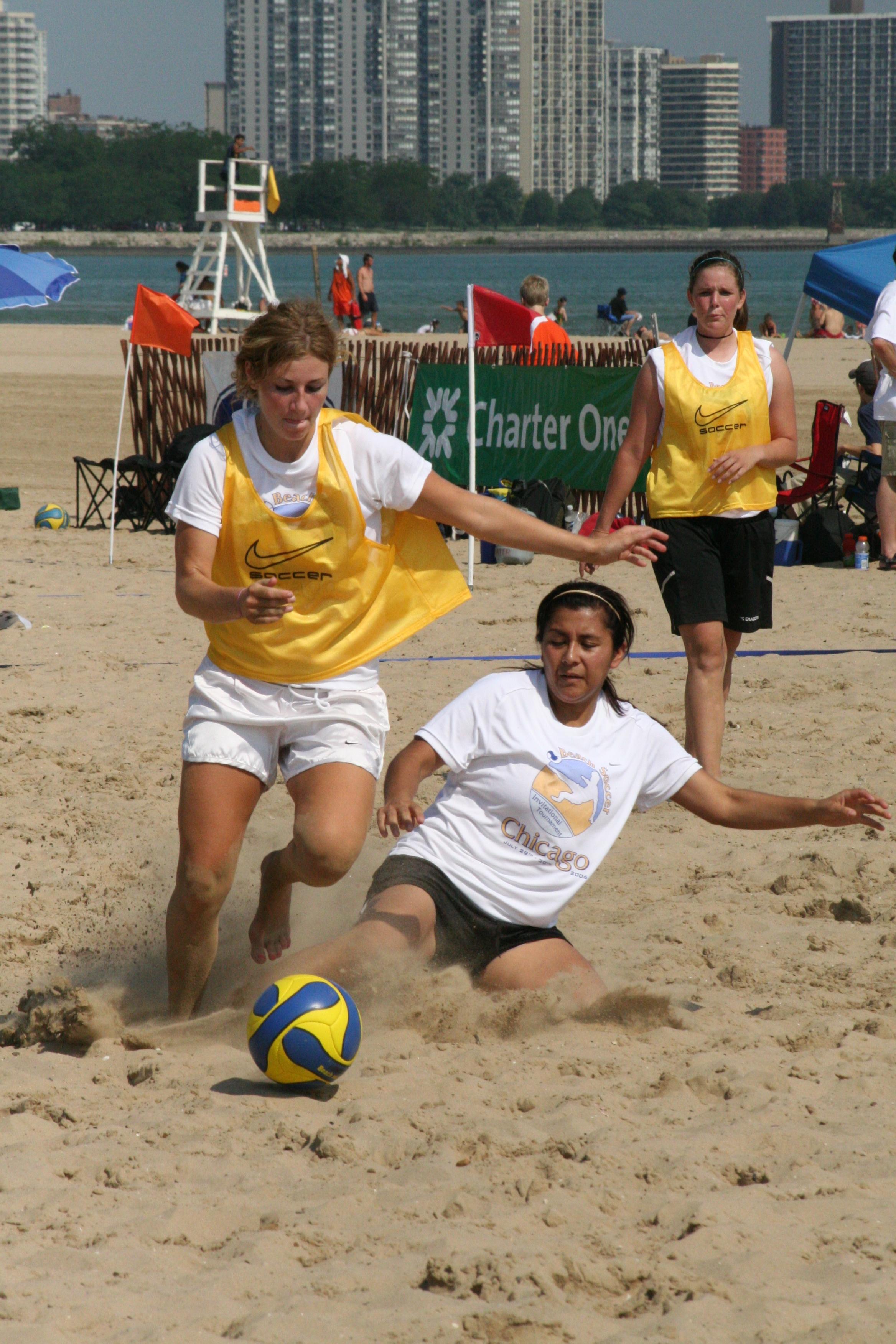 Fútbol Playa internacional 06_Chgo_Beach_Soccer_Invitational_Challenge_me
