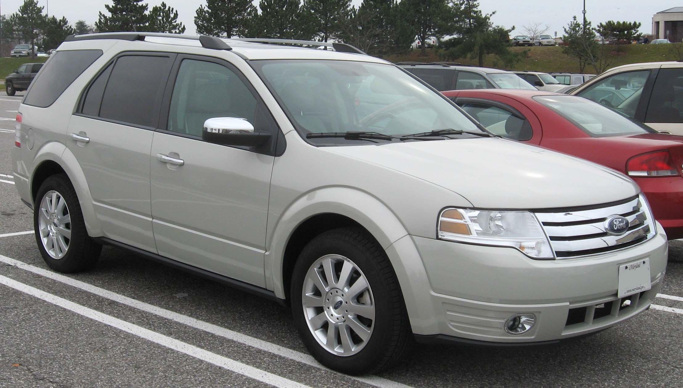 Ford Taurus X Limited SUV