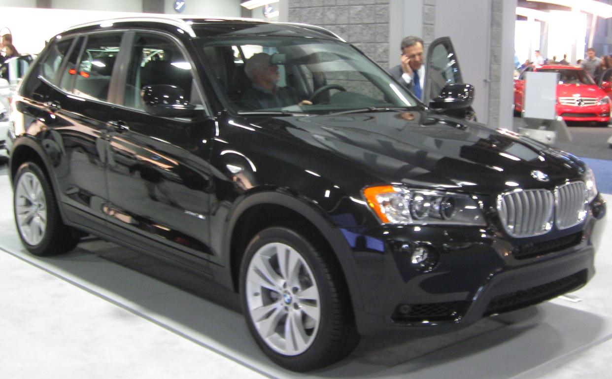 File:2011 BMW X3 -- 2011 DC.jpg - Wikimedia Commons
