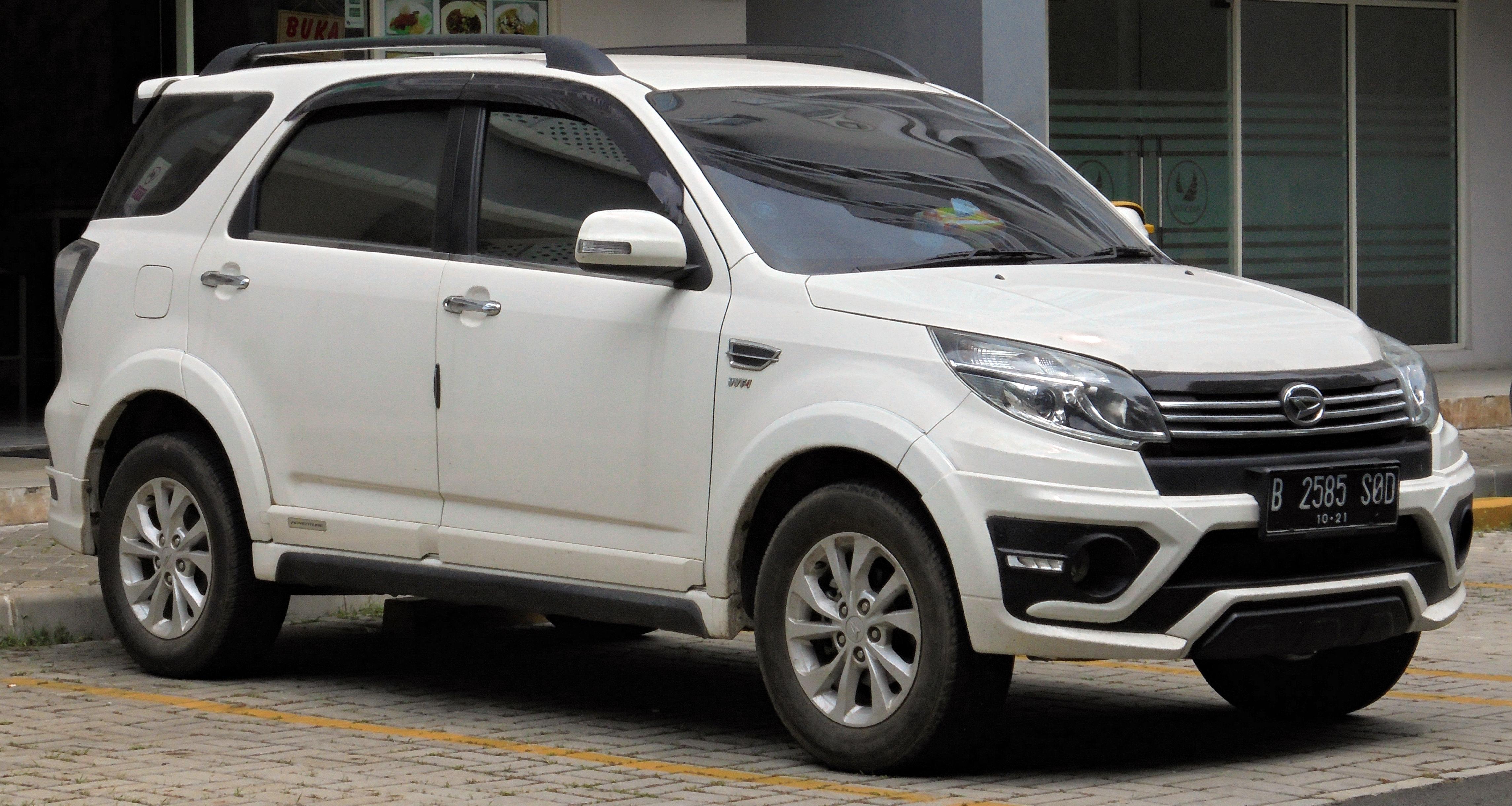 File:2016 Daihatsu Terios 1 5 R Adventure wagon (F700RG
