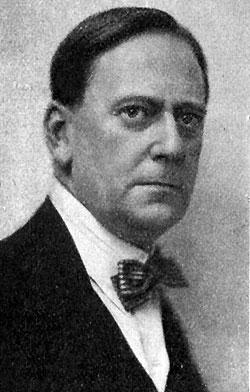 Albin Lindahl omkring 1910.