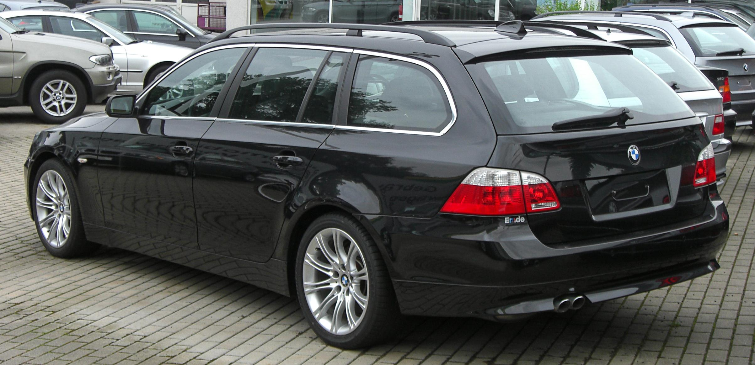 file bmw 5er touring e61 rear jpg wikimedia commons. Black Bedroom Furniture Sets. Home Design Ideas