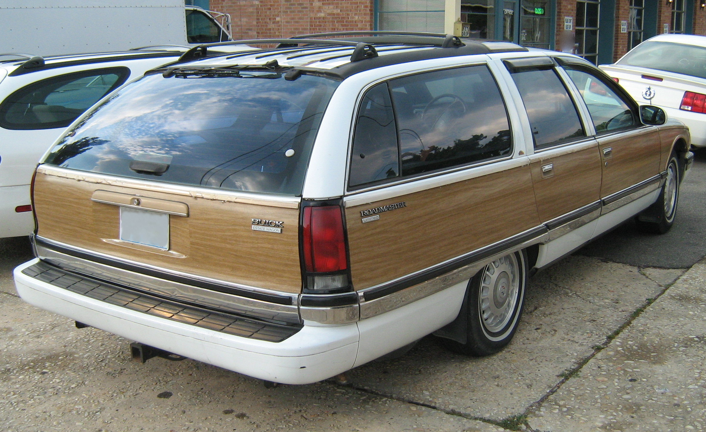 File Buick Roadmaster Limited Station Wagon White R Jpg