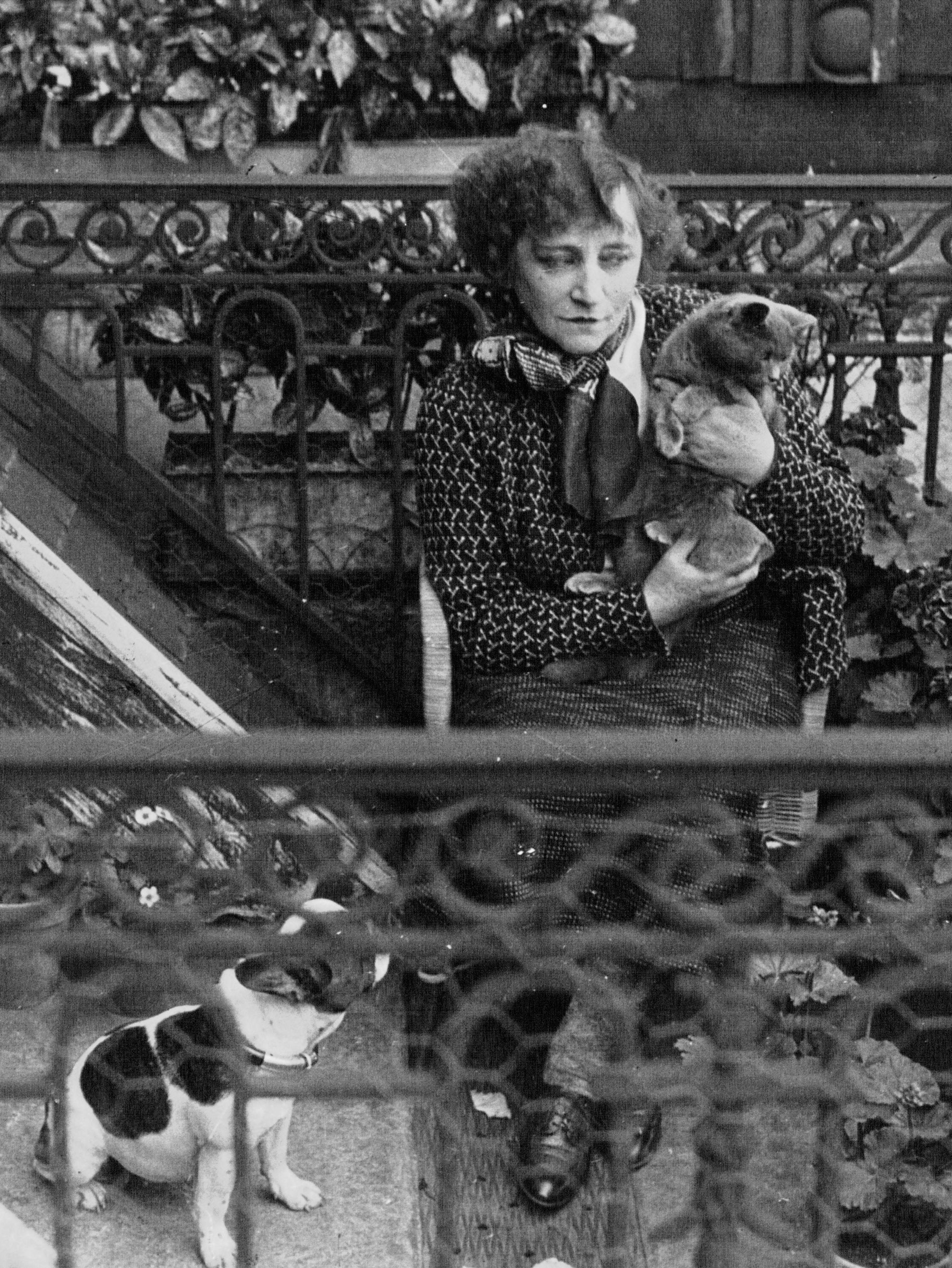 File:Colette 1932 (3).jpg