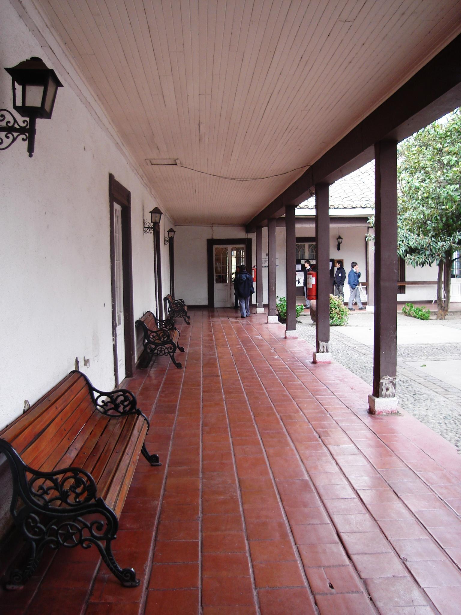 file corredor interno casa fundo el wikimedia