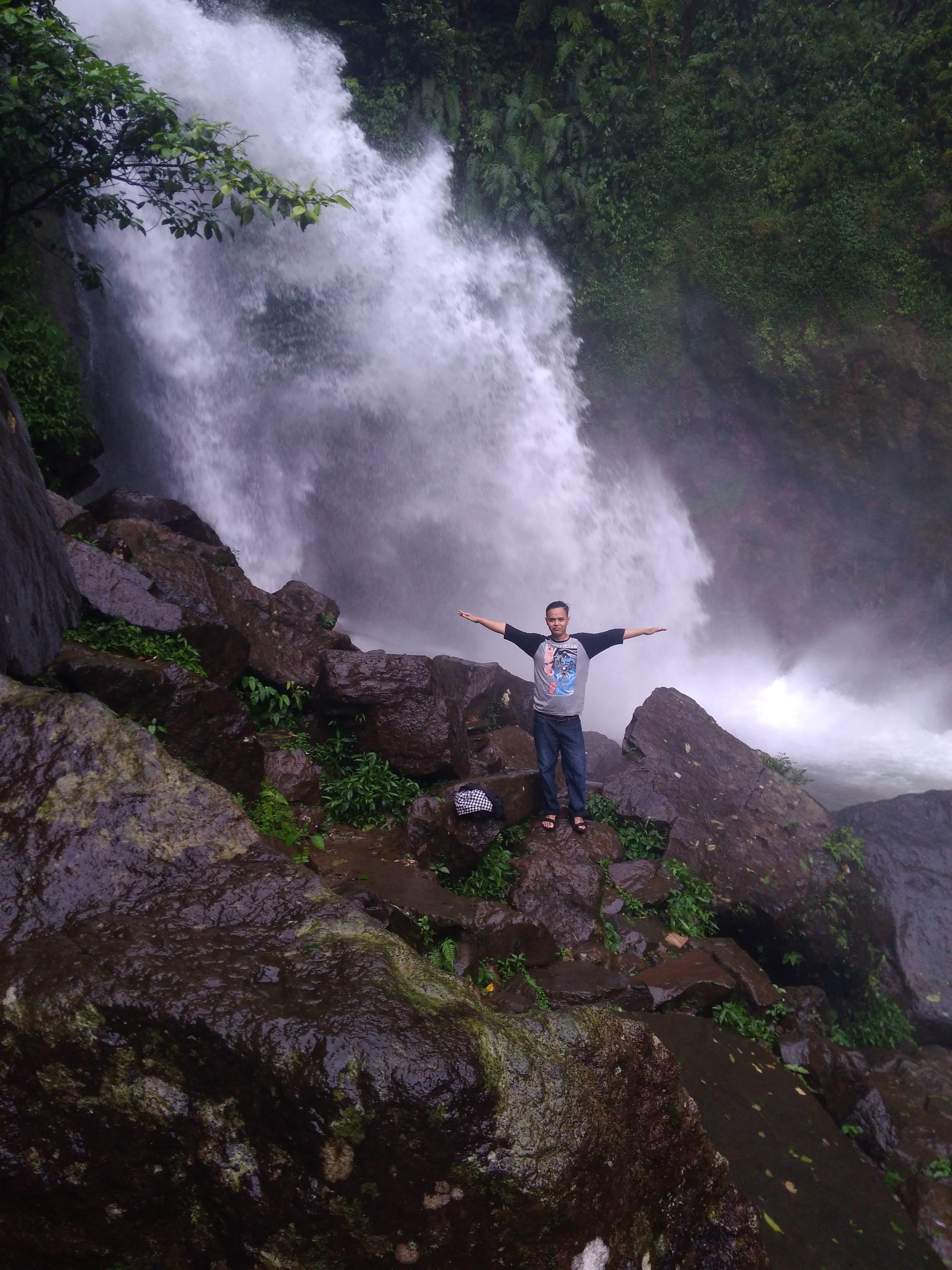 Air terjun Ciherang - Bogor - Wikipedia bahasa Indonesia