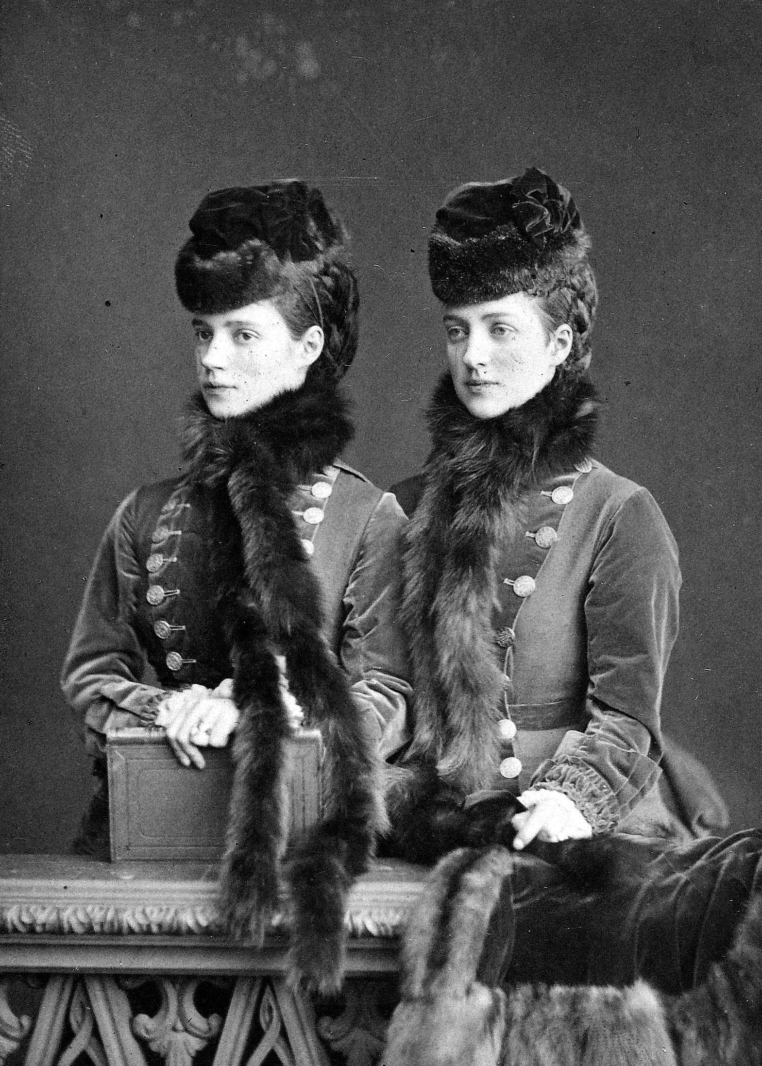 Alejandro III y María Feodorovna Dagmar_and_alexandra