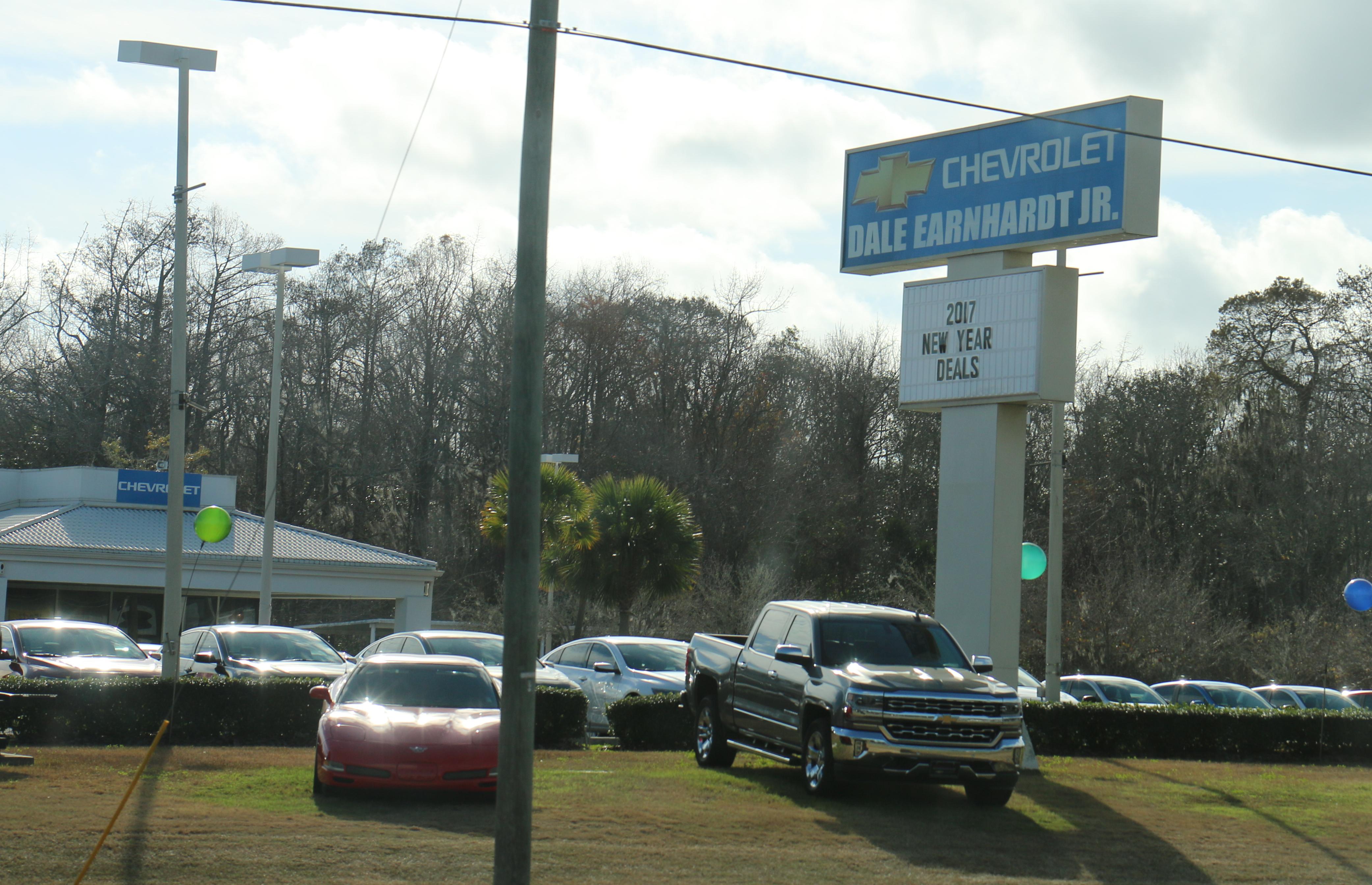 File:Dale Earnhardt Jr Chevrolet Tallahassee
