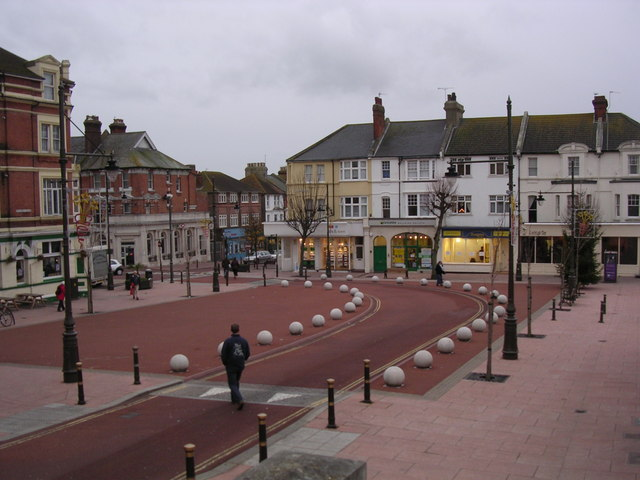Devonshire Square, Bexhill - geograph.org.uk - 629403
