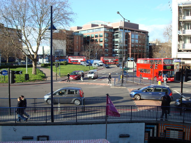 Elephant and Castle - geograph.org.uk - 675369