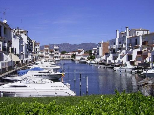 Empuriabrava wikipedia - Office de tourisme rosas costa brava ...