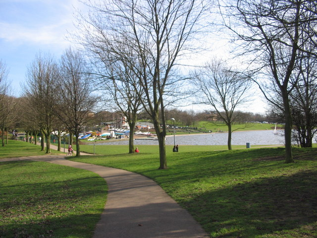 Fairlands Valley Park - geograph.org.uk - 361664