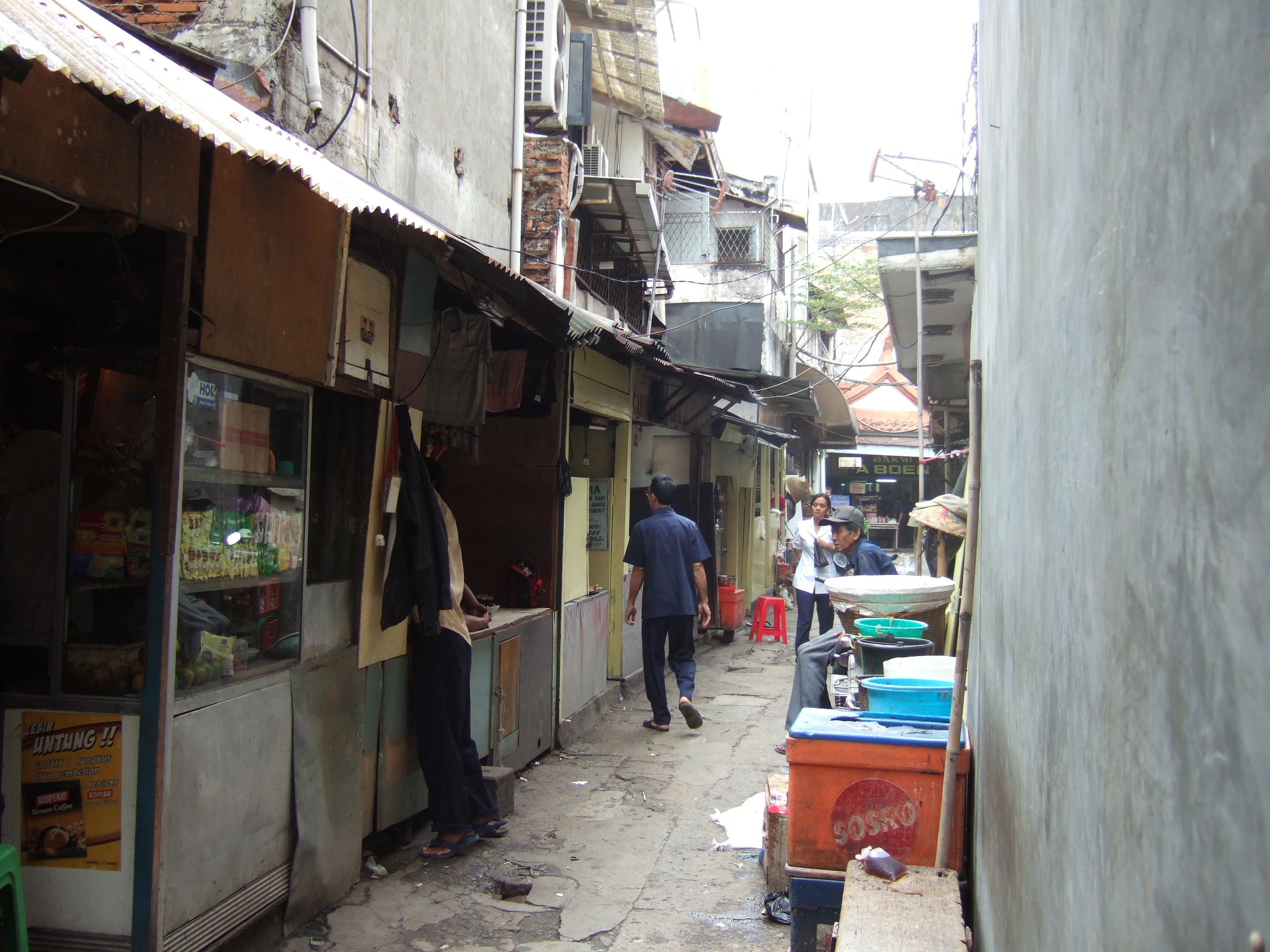 File:Gang di Jalan Kelinci Pasar Baru.JPG - Wikimedia Commons