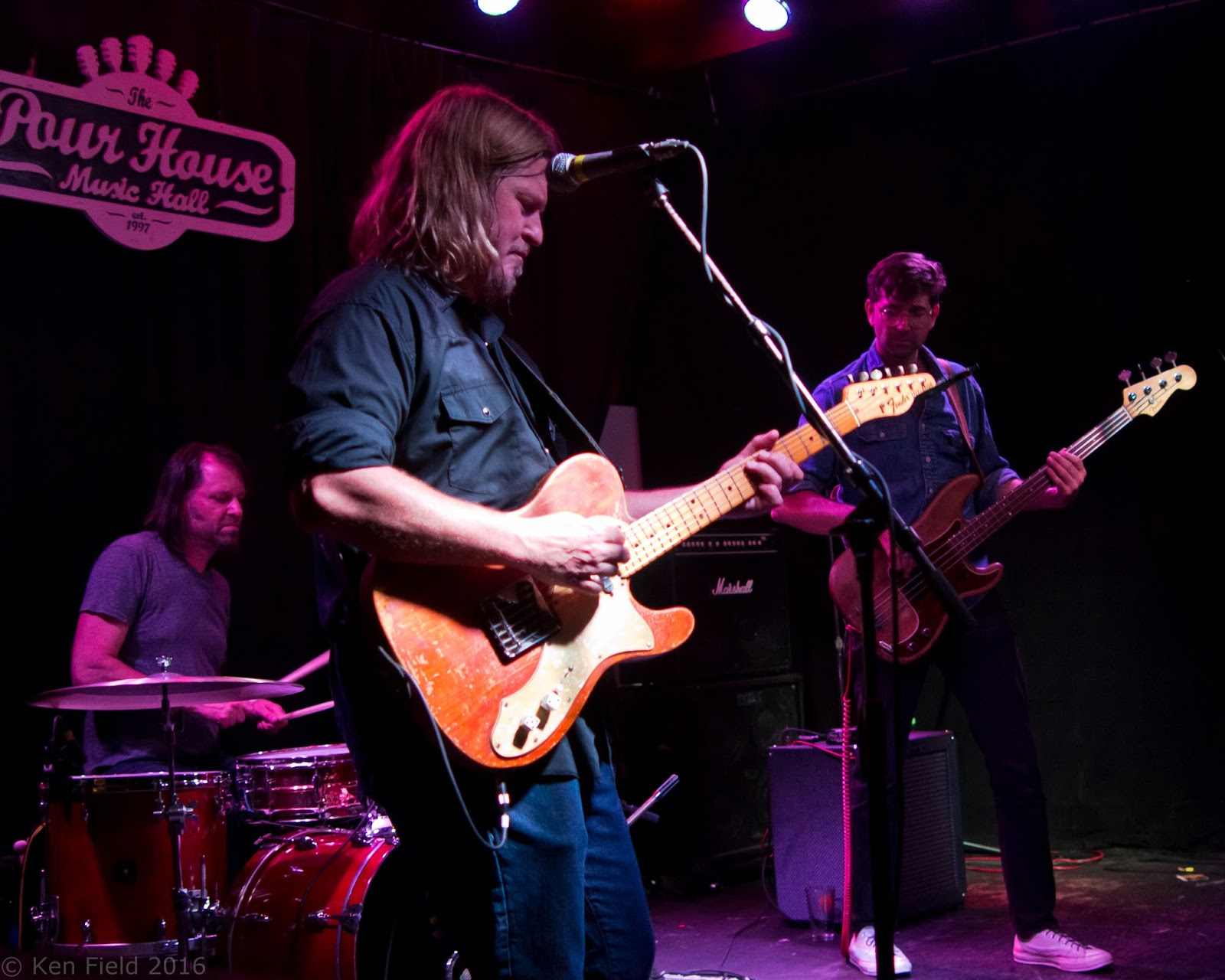 The Greg Humphreys Electric Trio performing at [[The Pour House Music Hall]], Raleigh, North Carolina in 2016.<br>Photo by Kfp Foto, used by permission
