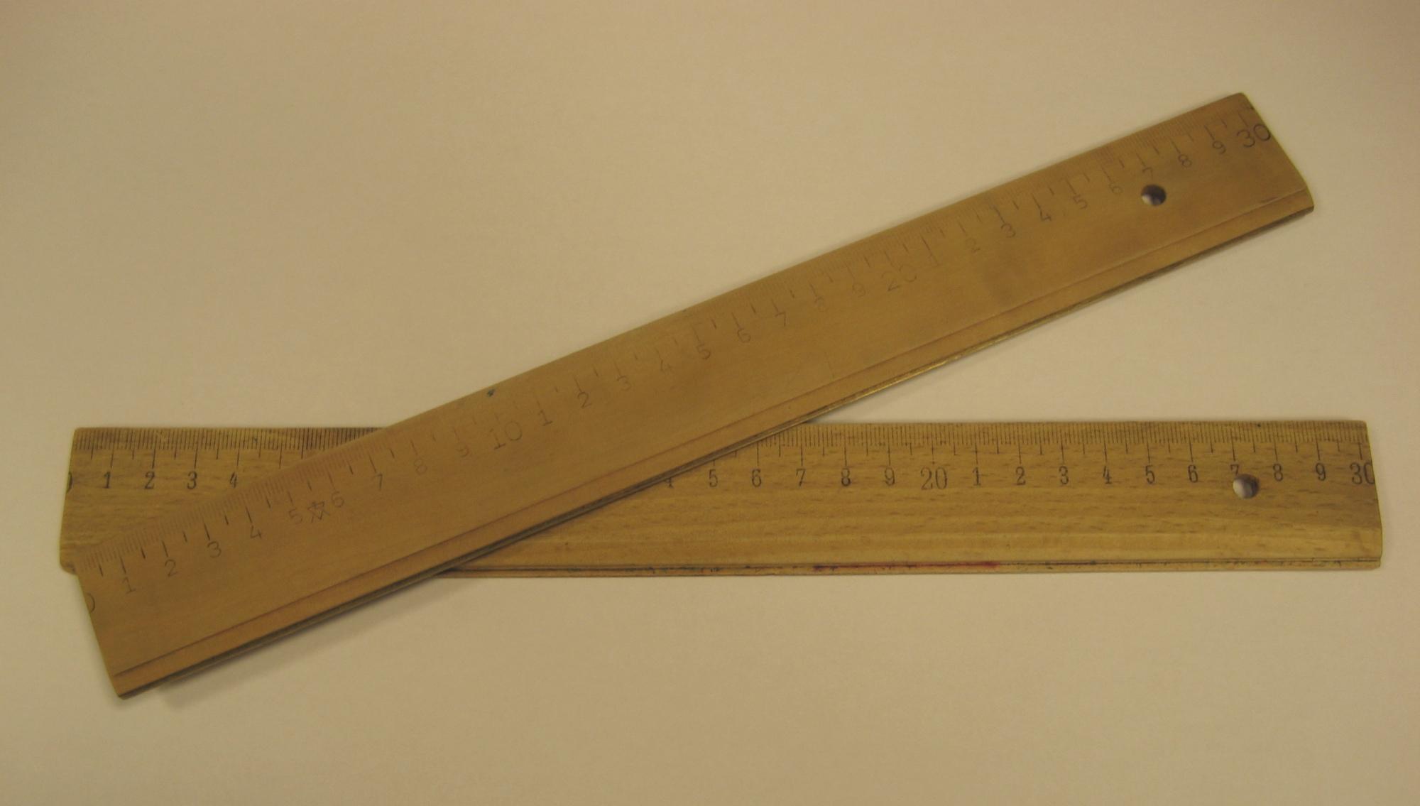 Holzlineal 20 Cm