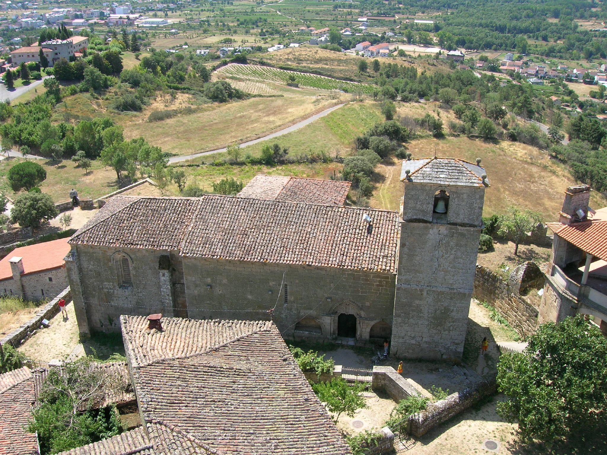 Vista de la iglesia de Santa María de Gracia d...