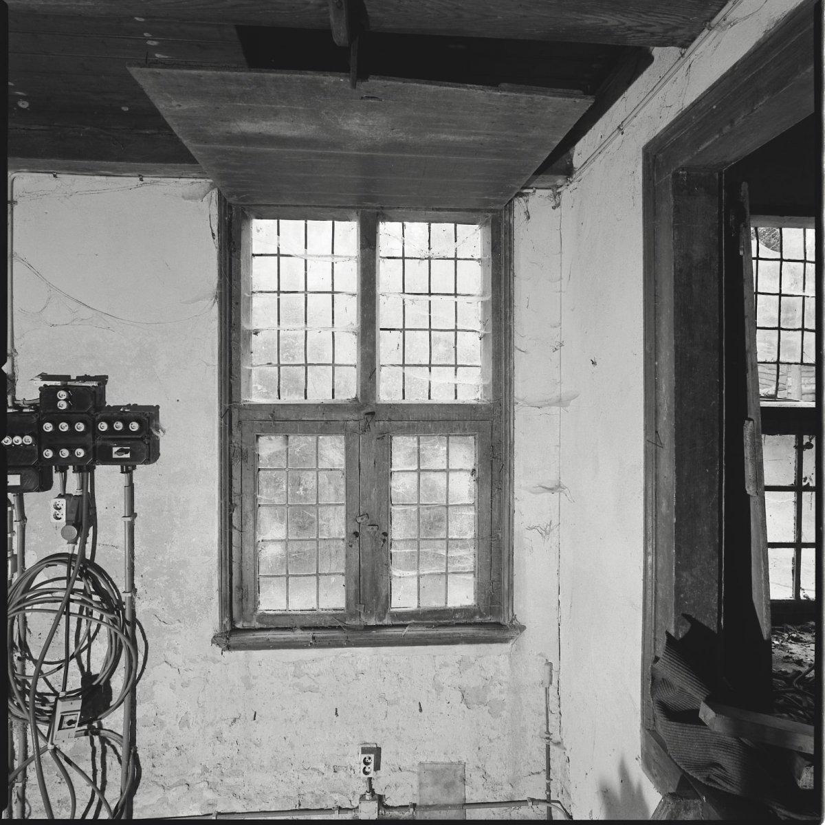 File interieur boerderij kruisvenster in woonvertrek for Boerderij interieur