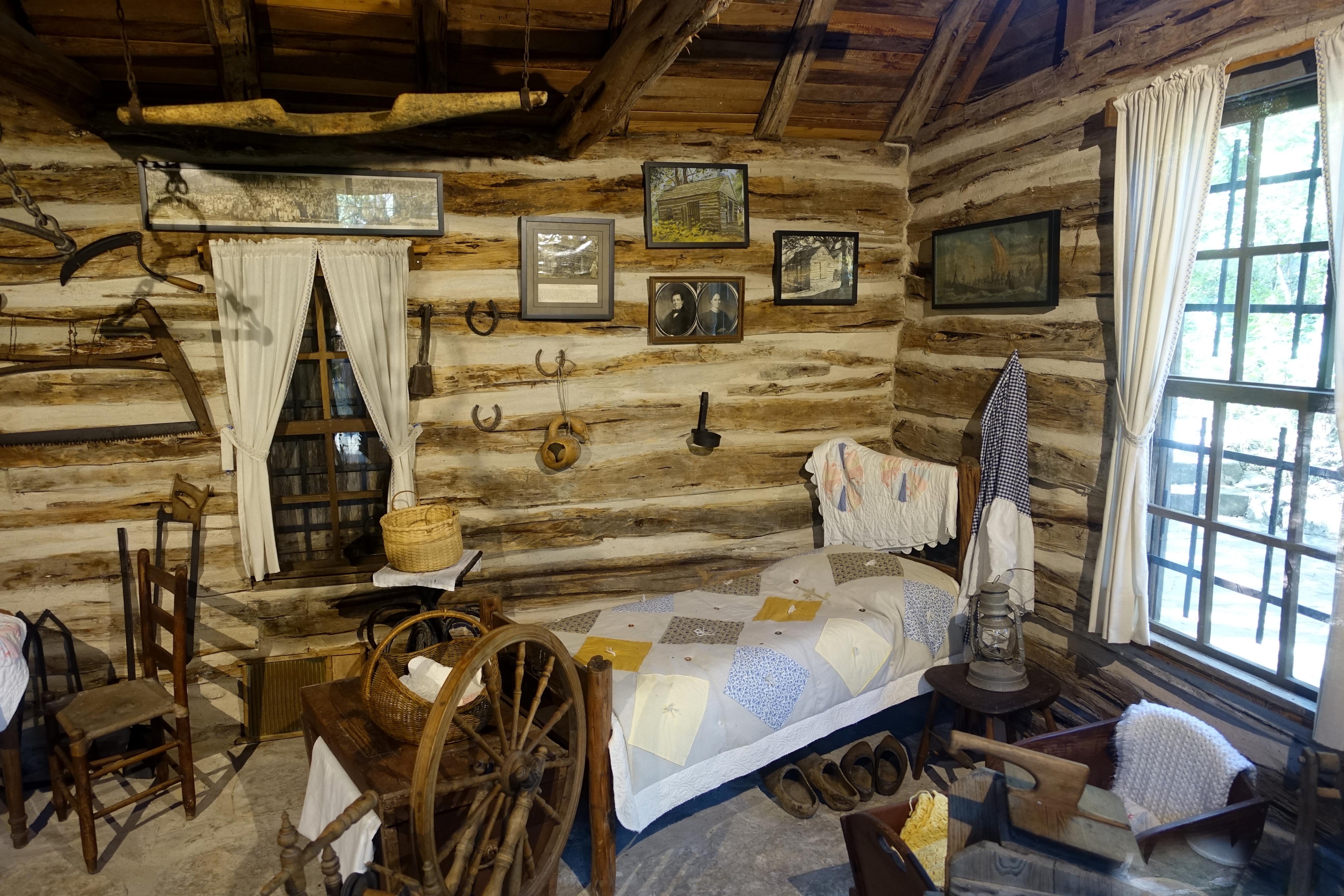 File:Interior view - Swedish Log Cabin - Zilker Botanical Garden ...