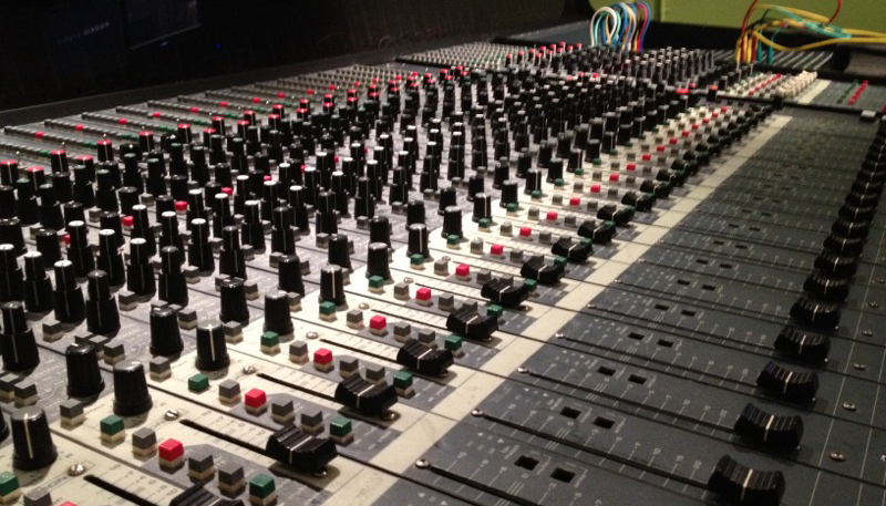 File Kookie Studio Mixer Jpg Wikimedia Commons