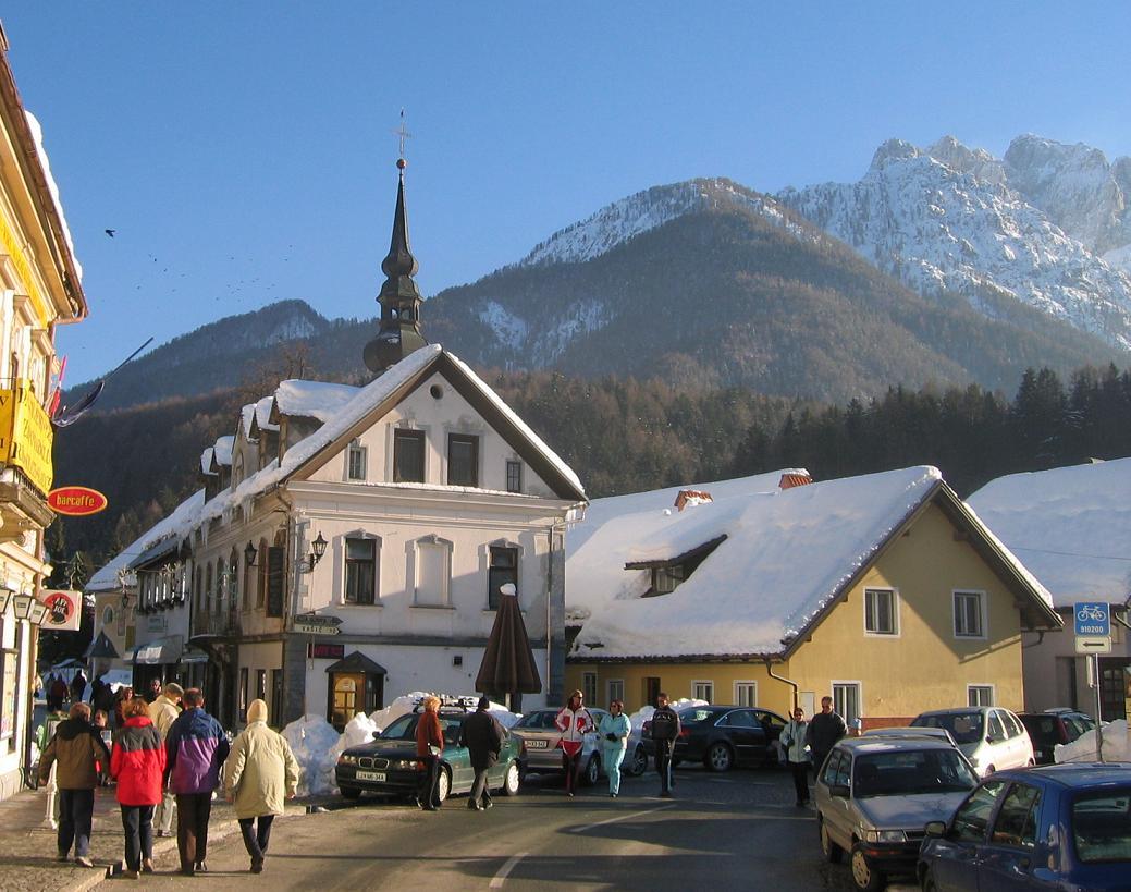 Kranjska Gora Ski Resort Wikipedia