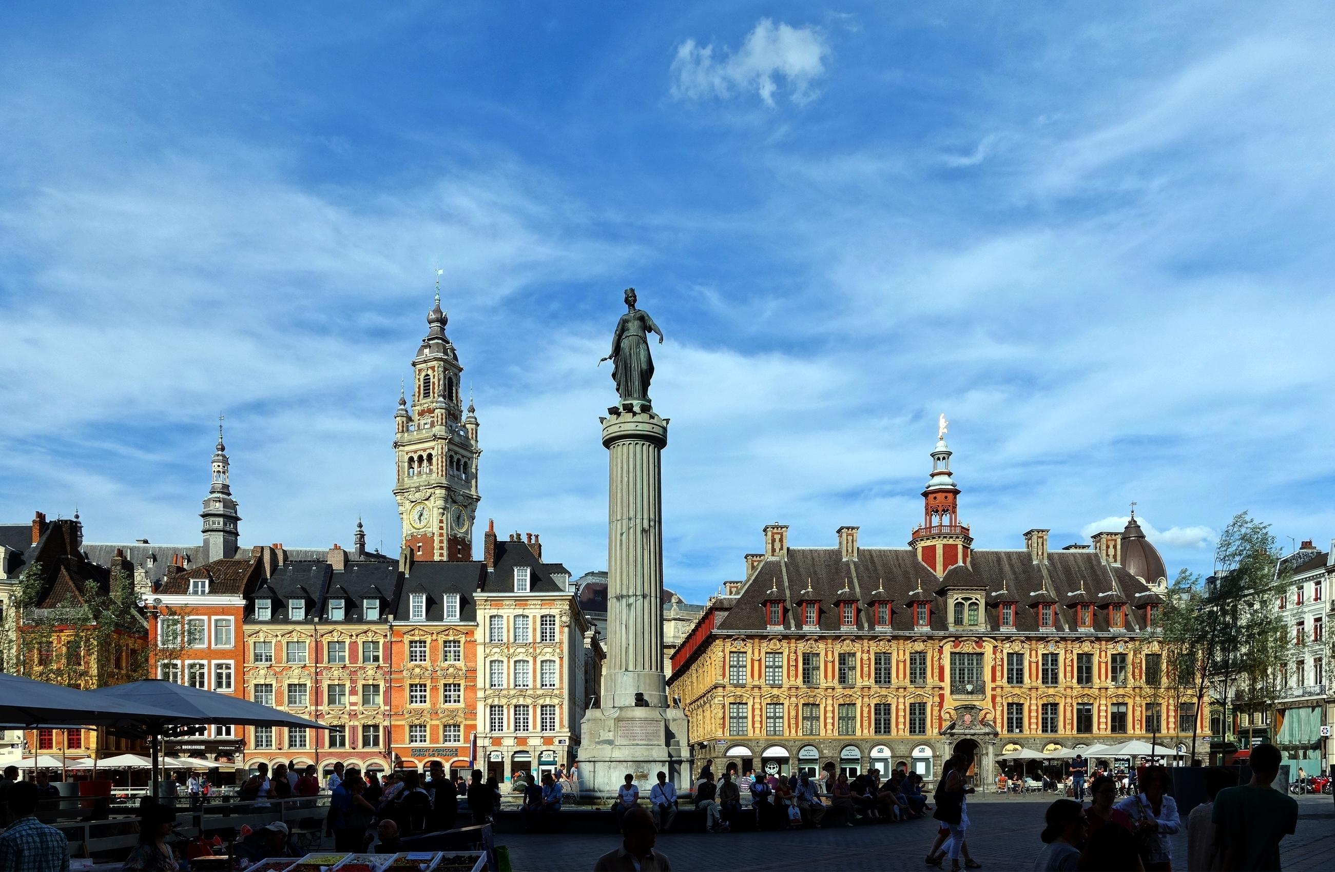 Place Du Grand Cerf En Plein Centre Ville De Bezons