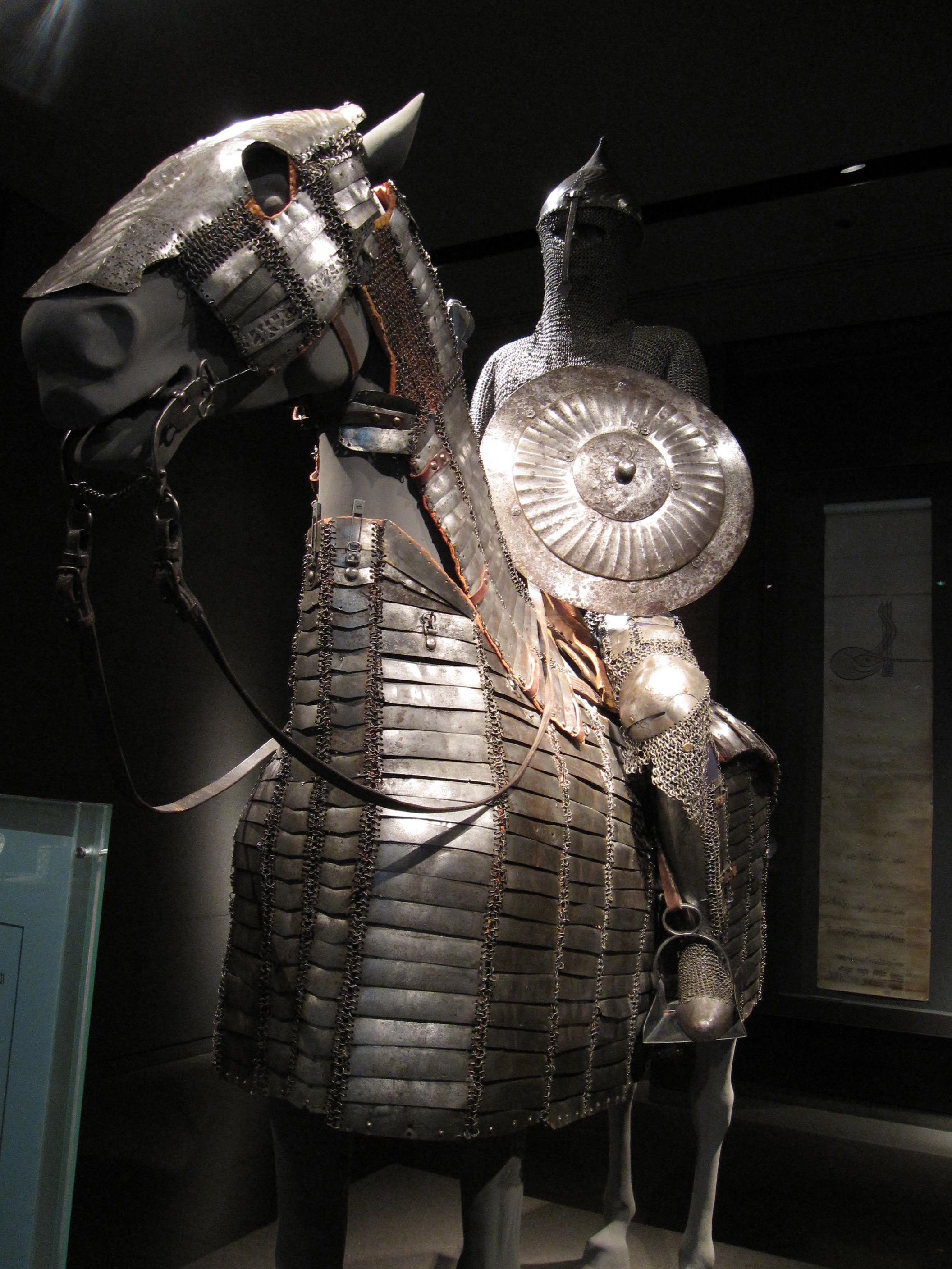 armour muslim How did the crusader and muslim armies  i think that although the crusaders where very difficult to hurt with all this armor, the muslims where also using.