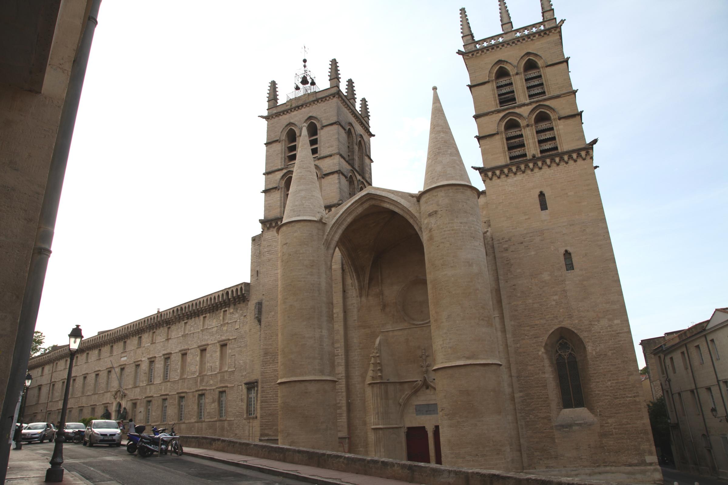 File montpellier cathedrale st pierre pa00103522 01 jpm jpg wikimedia commons - Cathedrale saint pierre de montpellier ...