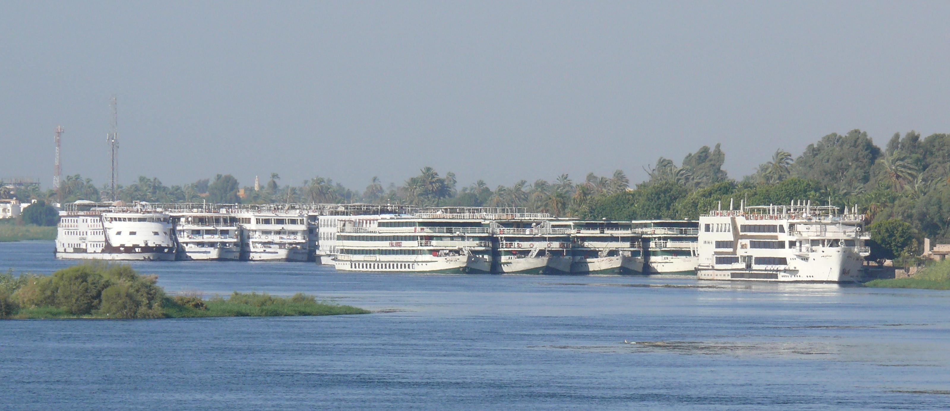 River Nile Cruise Ships Images