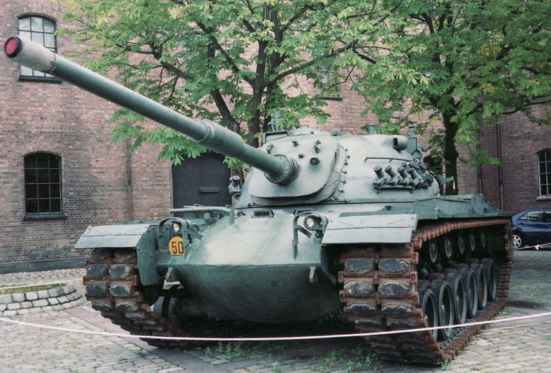 Norwegian_Army_M48A5.jpg