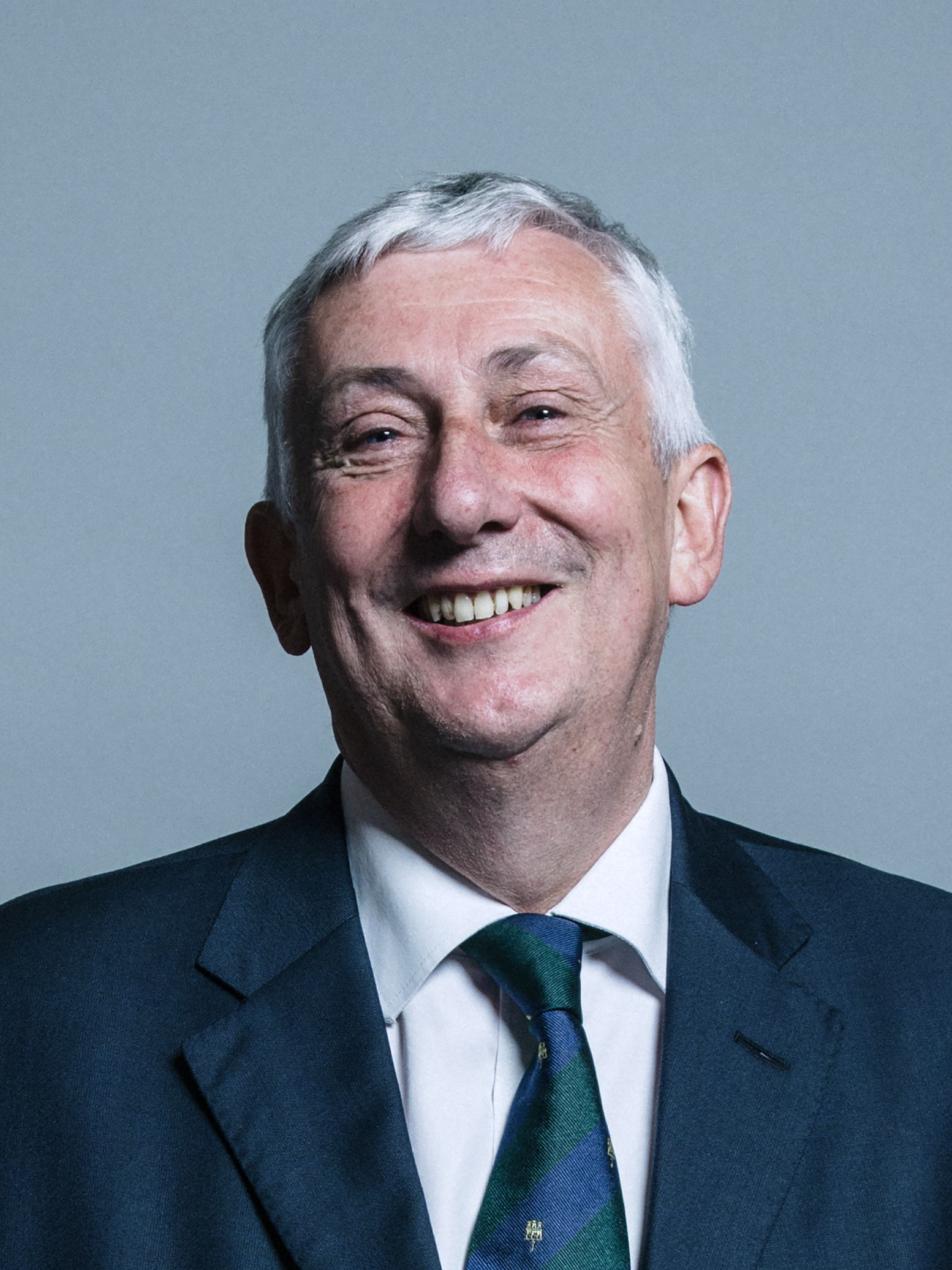 Official_portrait_of_Mr_Lindsay_Hoyle_crop_2.jpg