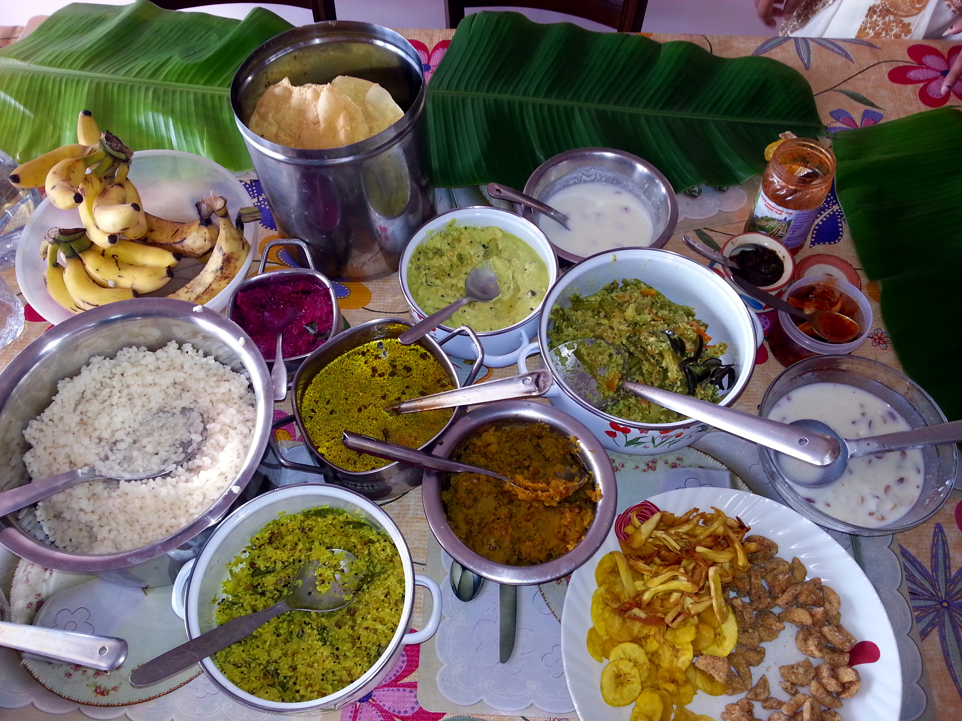 File Onam Sadya Festive Feast India 2013 Jpg Wikimedia