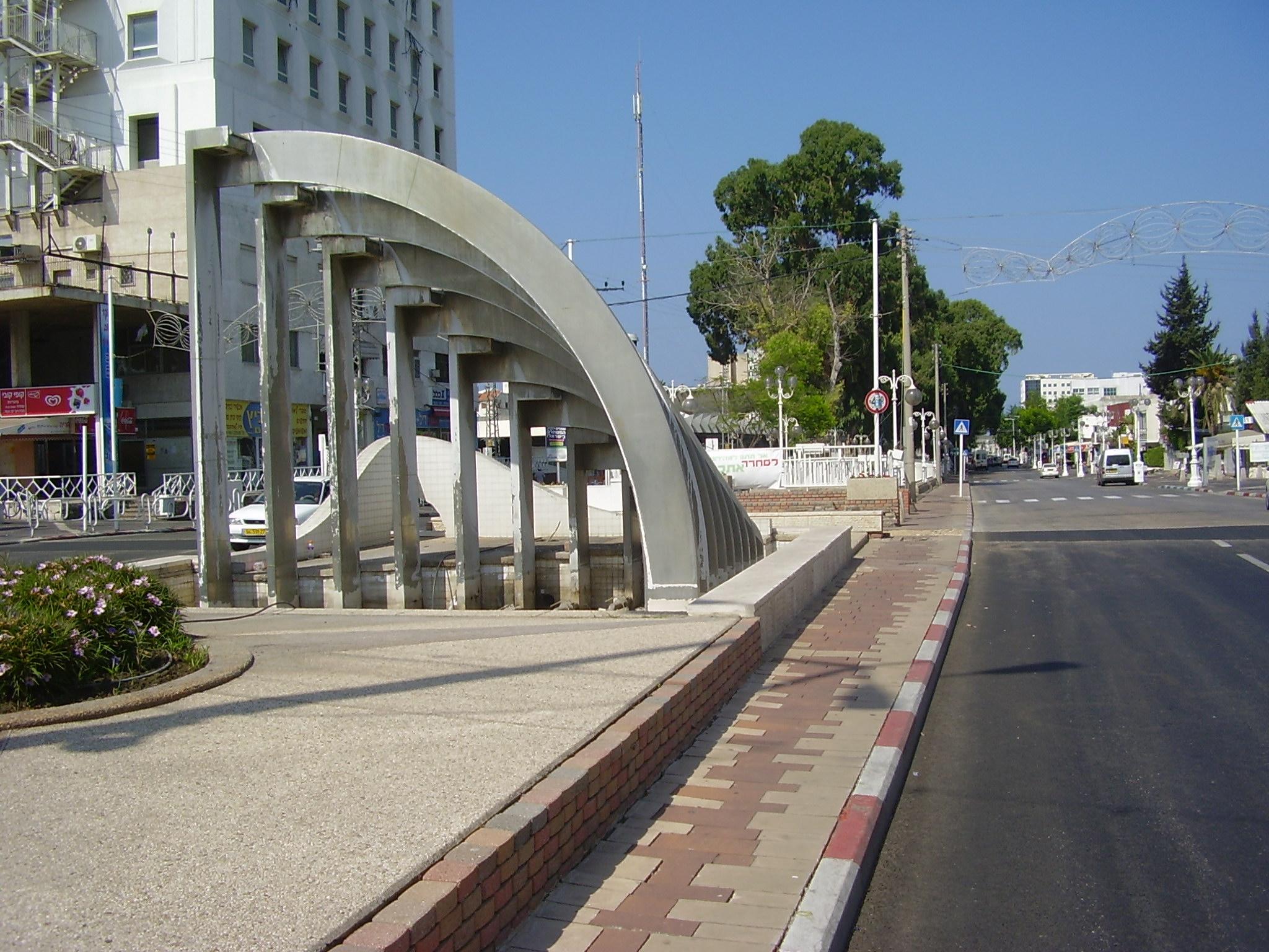 Nahariya Israel  city photo : PikiWiki Israel 14657 Gaaton Boulevard Nahariya Wikimedia ...