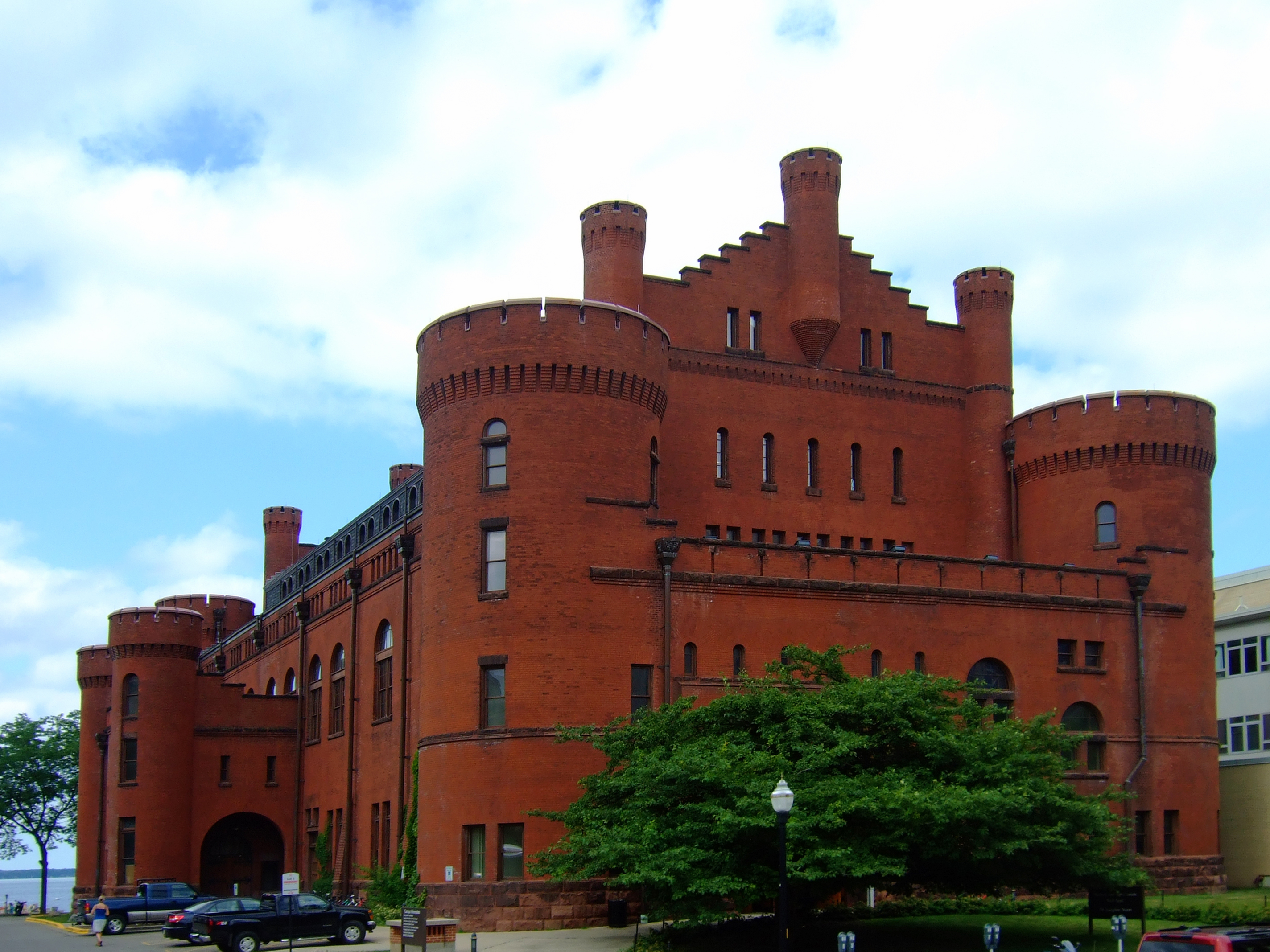 Uw Madisons Science Hall In All Its Red >> University Of Wisconsin Armory And Gymnasium Wikipedia