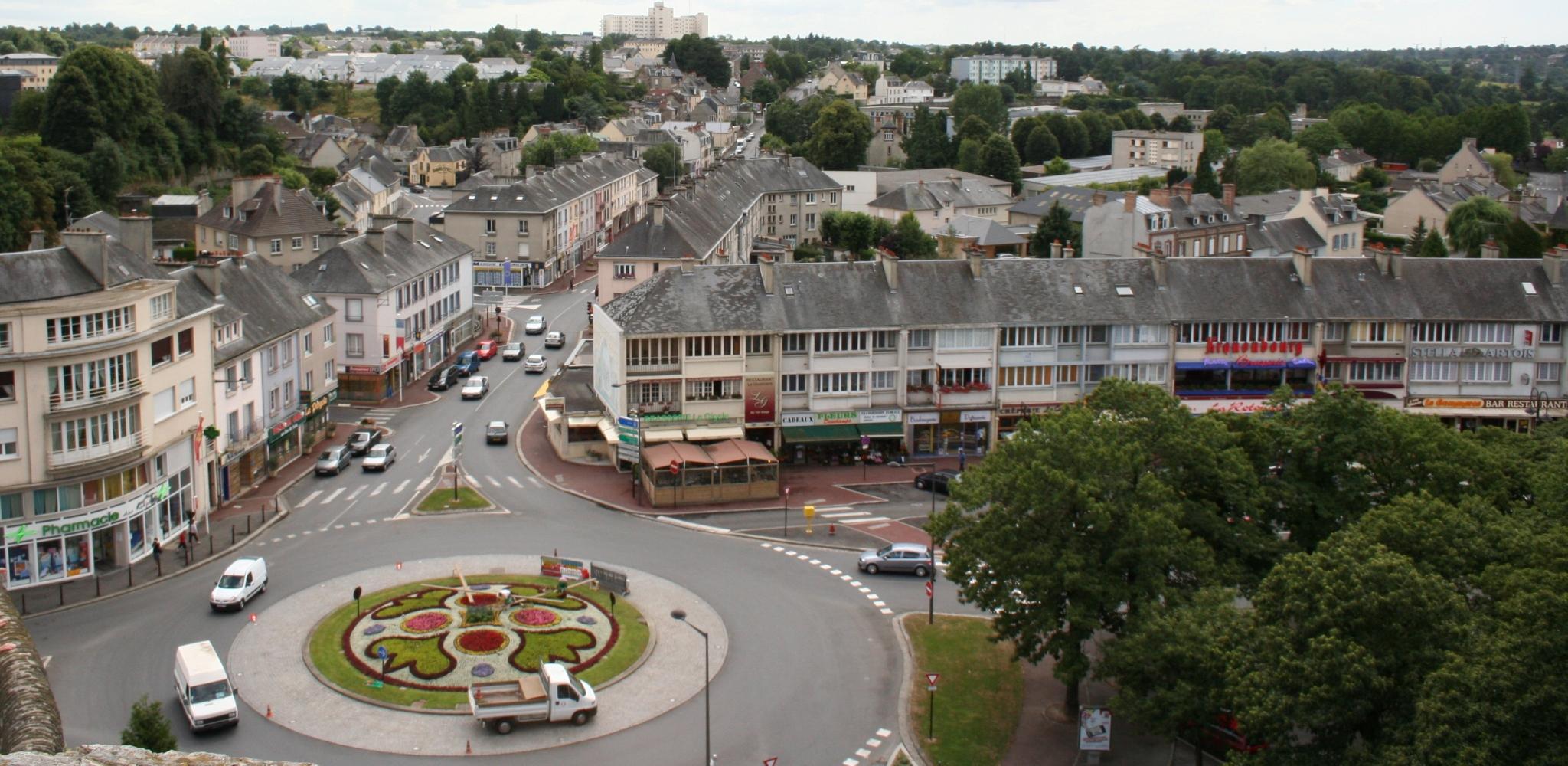 Saint-Lo France  City new picture : ... Route villedieur et mémorial saint lo france Wikimedia Commons
