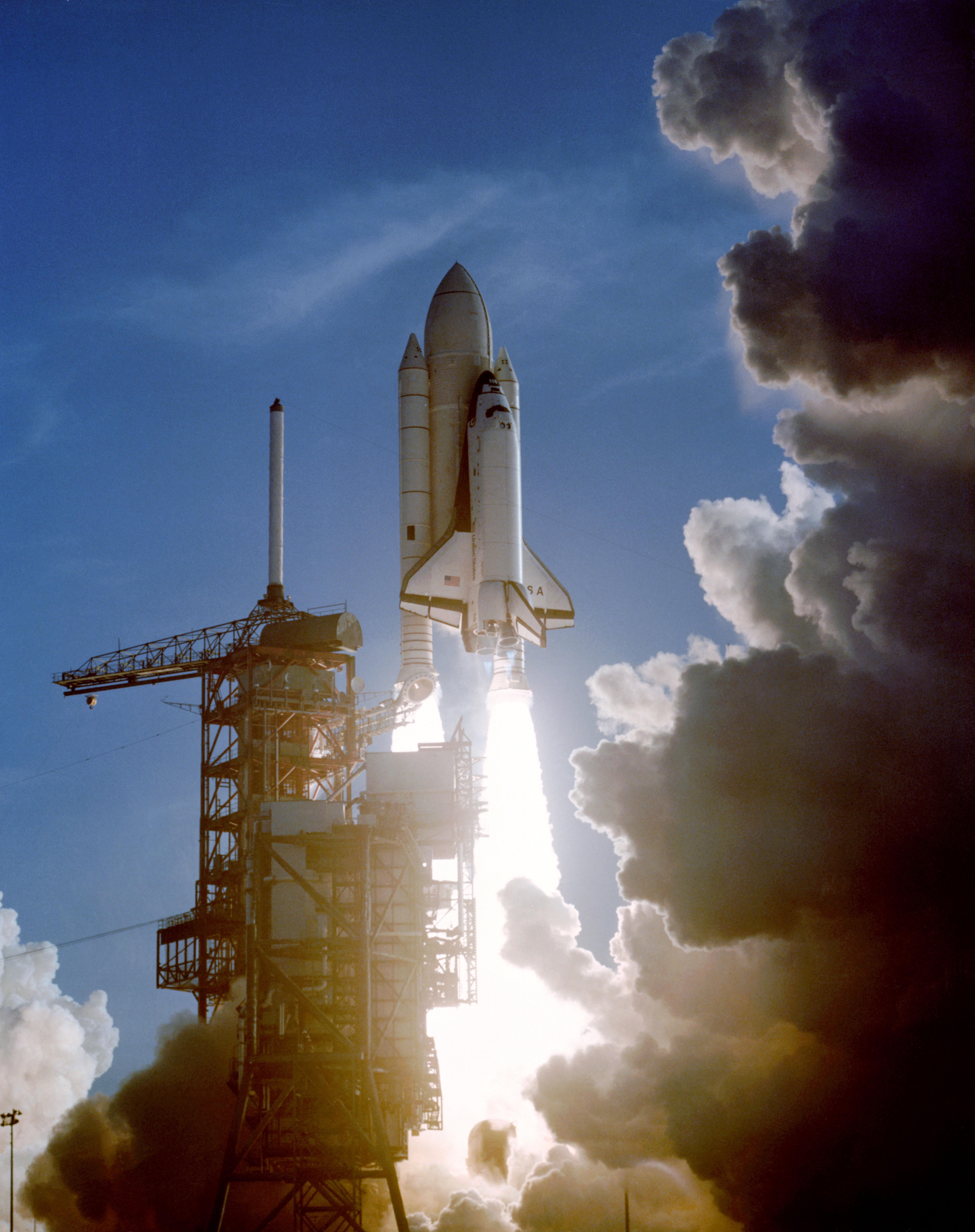 rocket space coast image - HD5796×7326