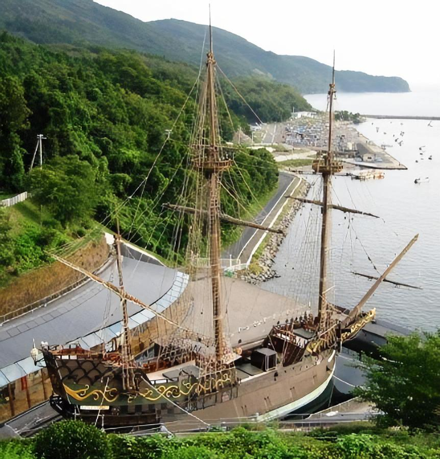 Replica of the Japanese-built 1613 galleon San Juan Bautista, in Ishinomaki, Japan Sanjuanbautista.jpg