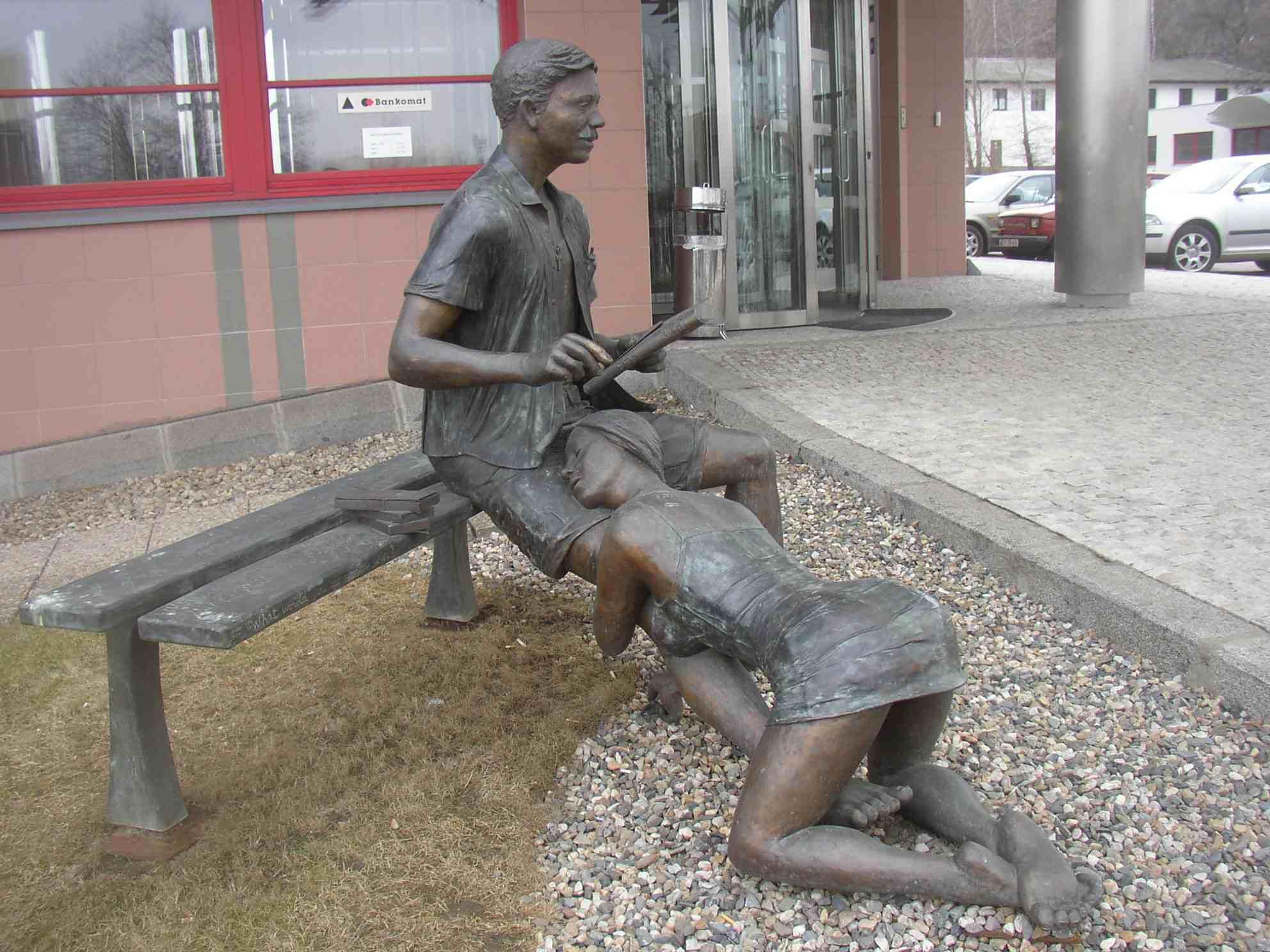 памятник безымянной проститутки