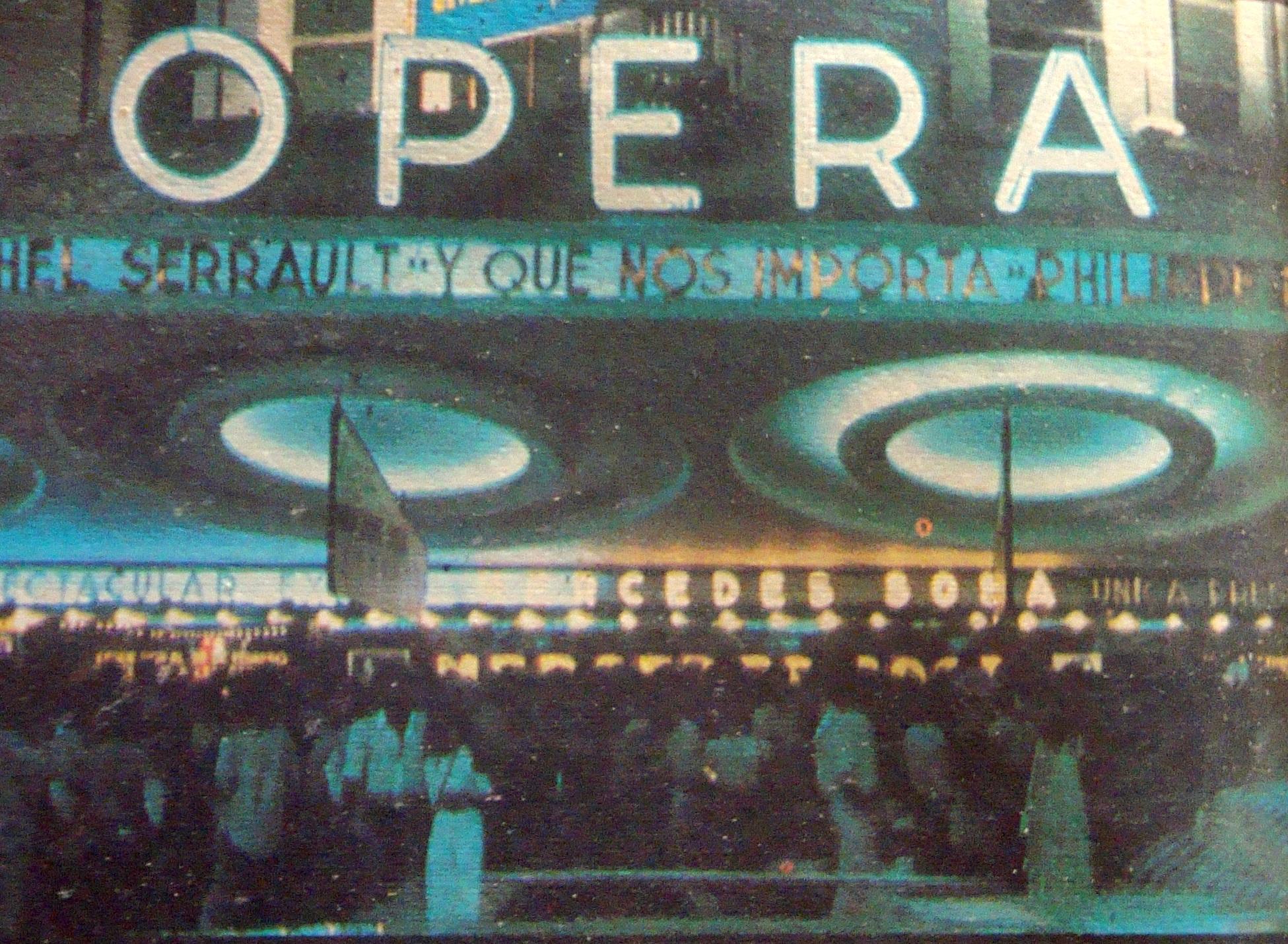 El frente del teatro Ópera en febrero de 1982, durante las presentaciones de Mercedes Sosa, tras su regreso del exilio.